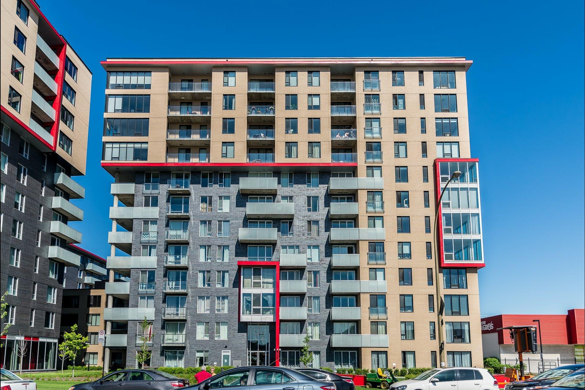 image 27 - Appartement À louer Montréal Côte-des-Neiges/Notre-Dame-de-Grâce  - 5 pièces