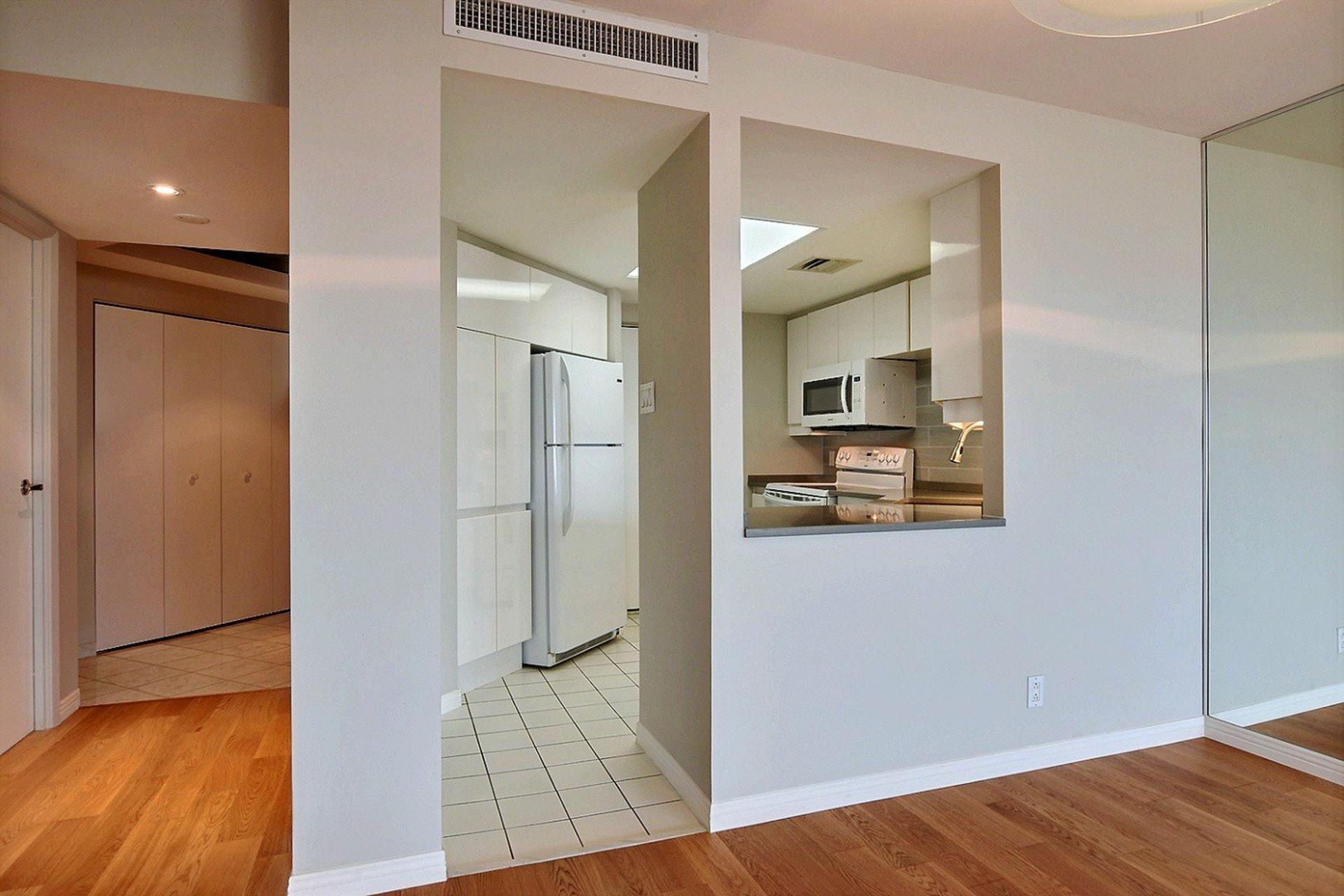 image 9 - Apartment For rent Verdun/Île-des-Sours Montréal  - 4 rooms