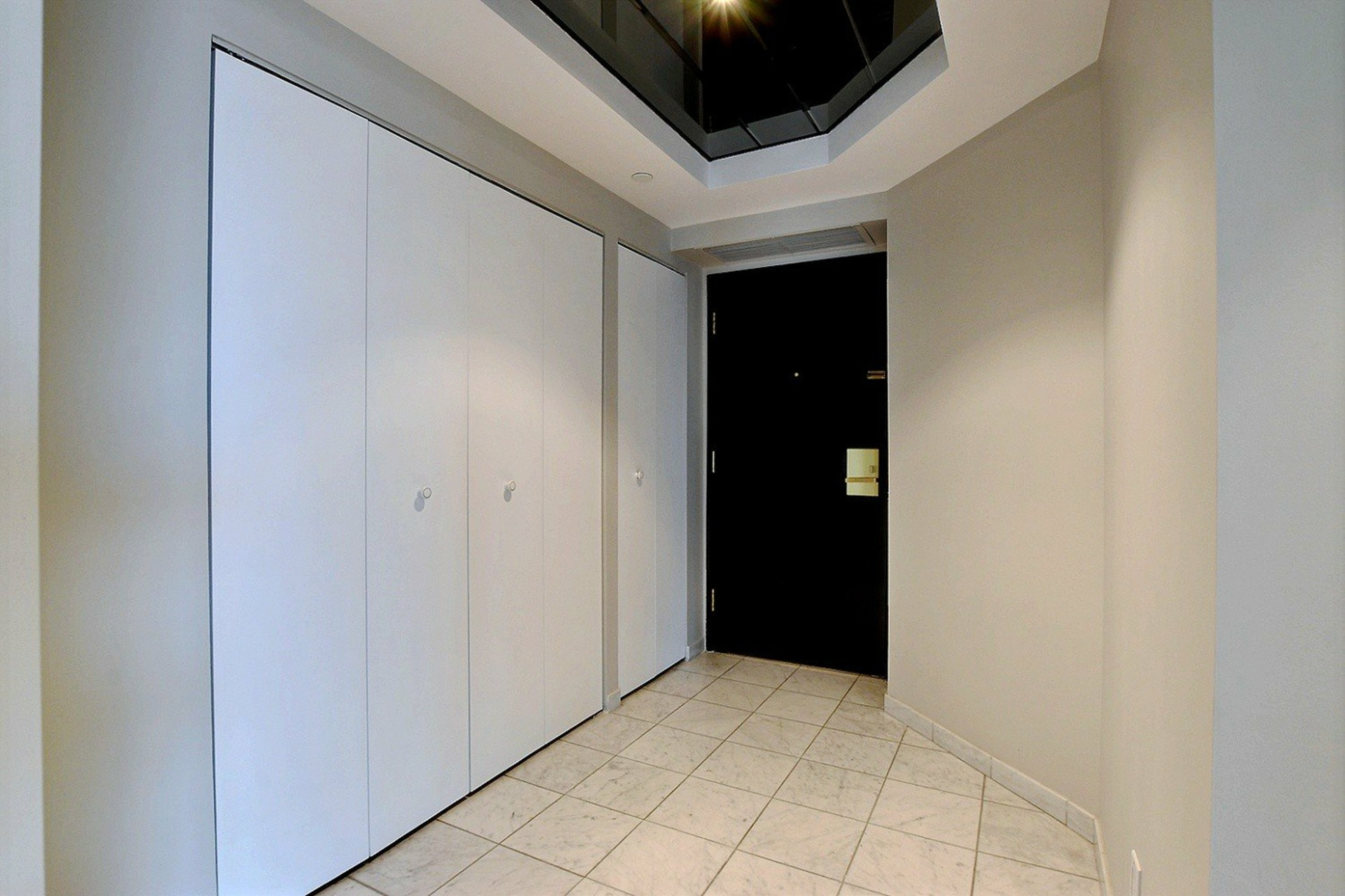 image 2 - Apartment For rent Verdun/Île-des-Sours Montréal  - 4 rooms