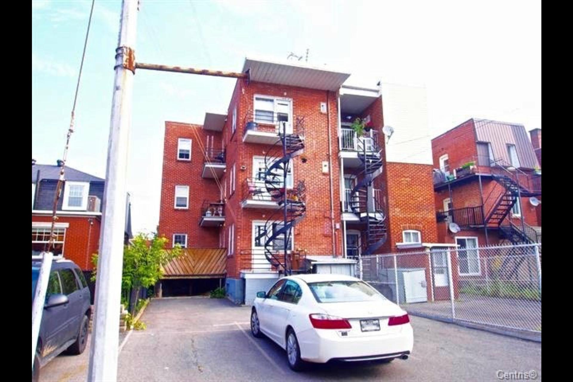 image 11 - Triplex À vendre Lachine Montréal  - 5 pièces