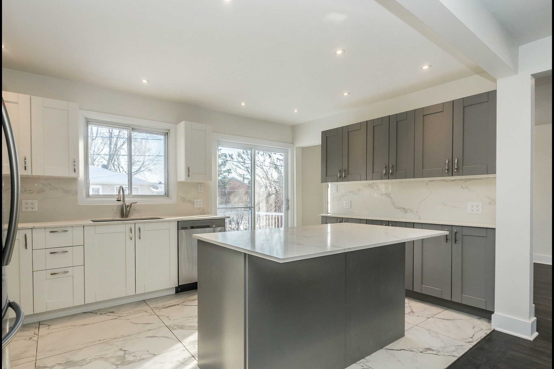 image 9 - House For sale Laval Chomedey  - 9 rooms
