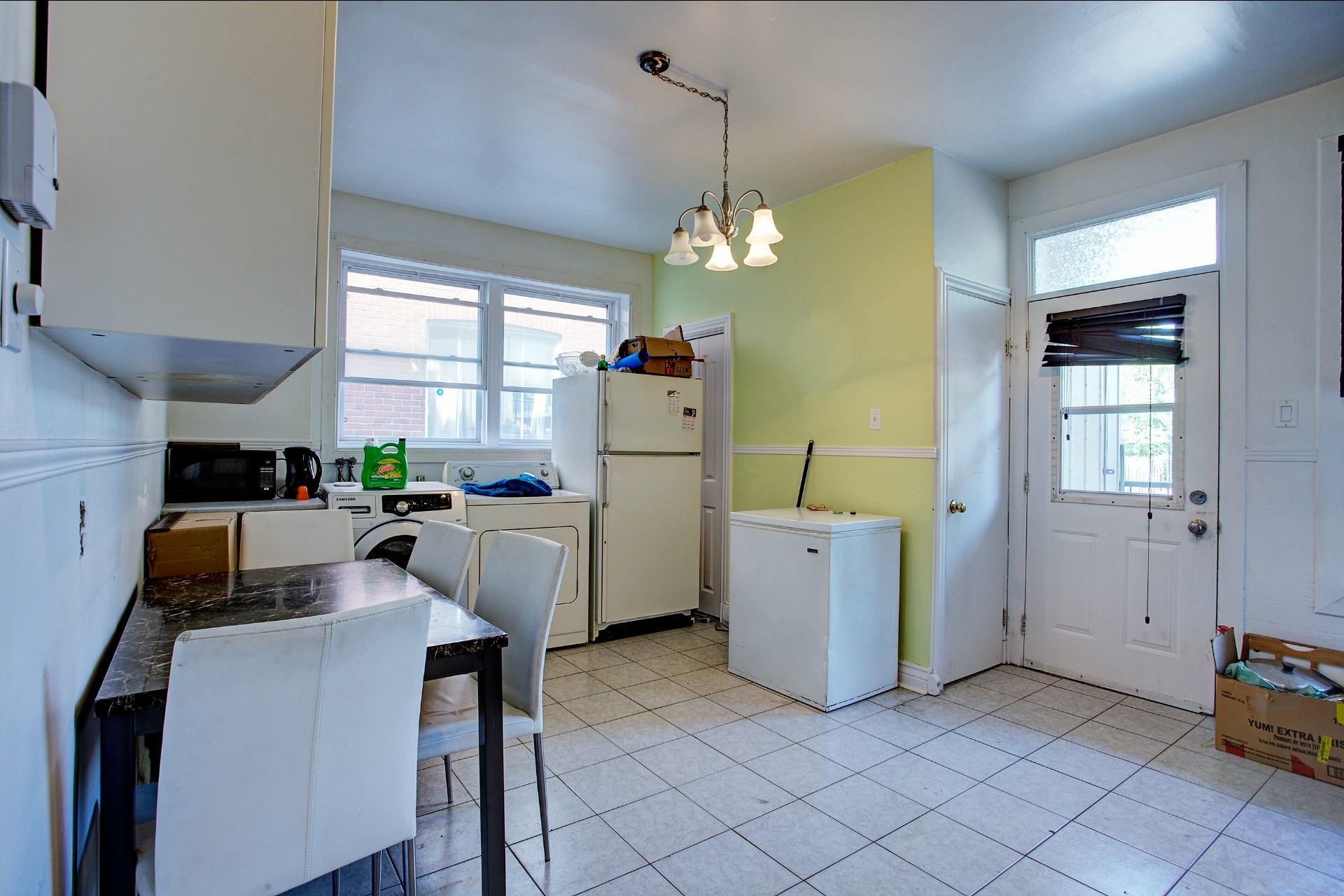 image 13 - Income property For sale Le Sud-Ouest Montréal  - 4 rooms