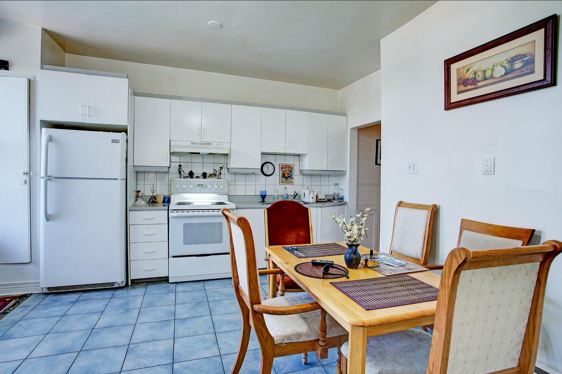 image 18 - Income property For sale Le Sud-Ouest Montréal  - 4 rooms