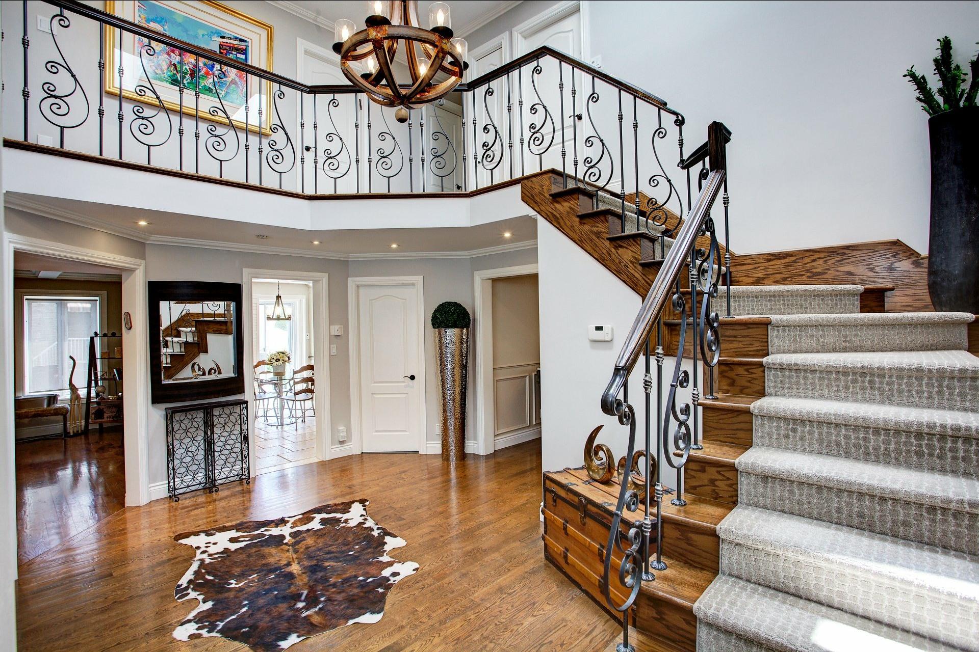 image 1 - House For sale Dollard-Des Ormeaux - 15 rooms