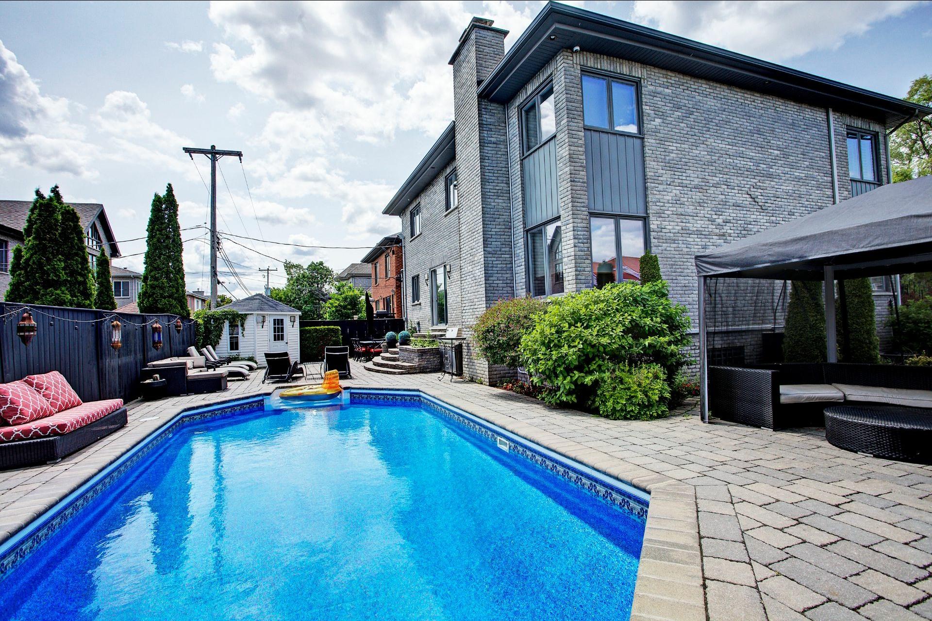 image 2 - House For sale Dollard-Des Ormeaux - 15 rooms