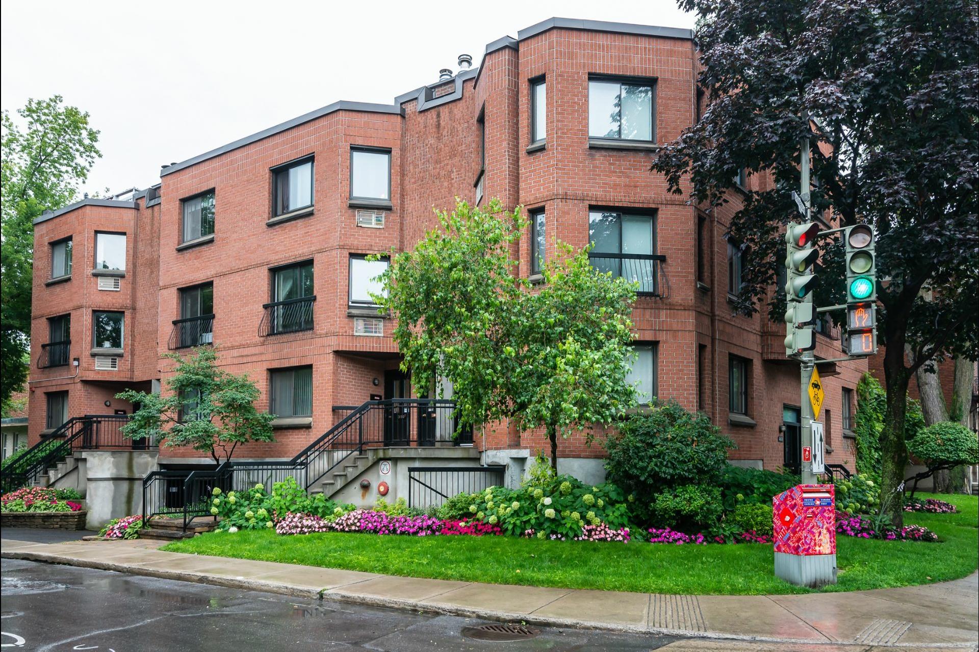 image 0 - Appartement À vendre Westmount - 6 pièces