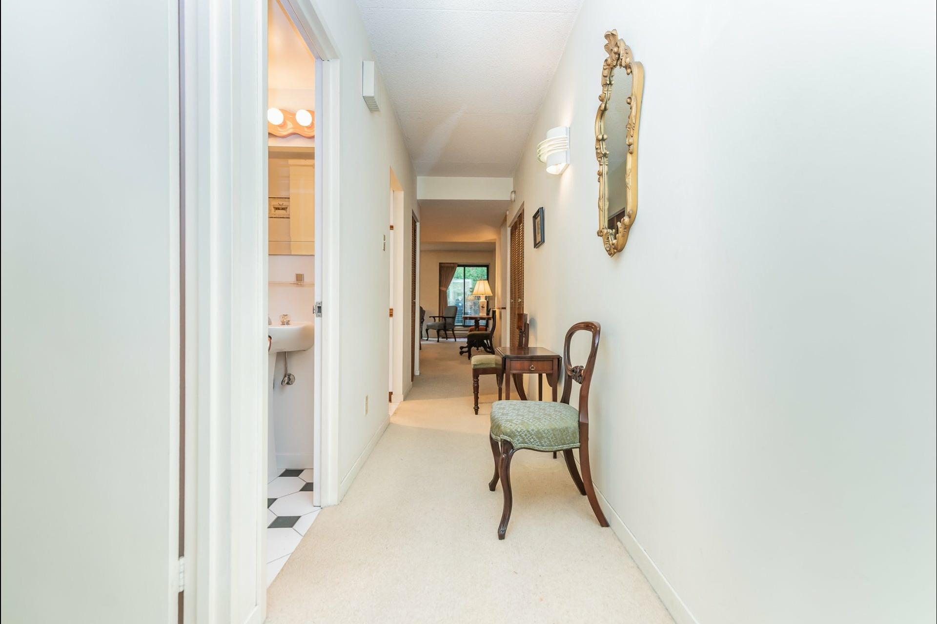 image 3 - Appartement À vendre Westmount - 6 pièces