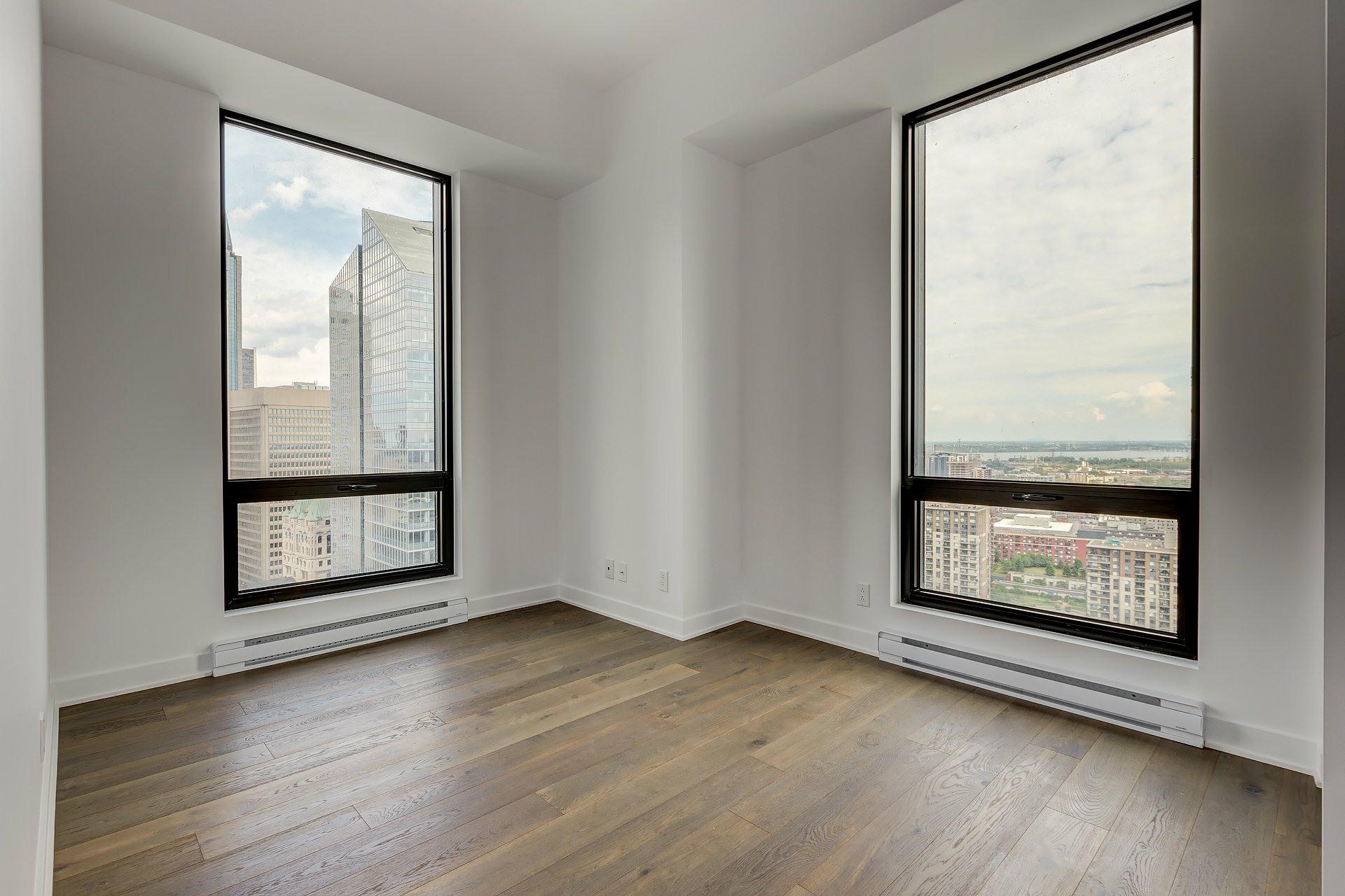 image 8 - Apartment For rent Montréal Ville-Marie  - 4 rooms
