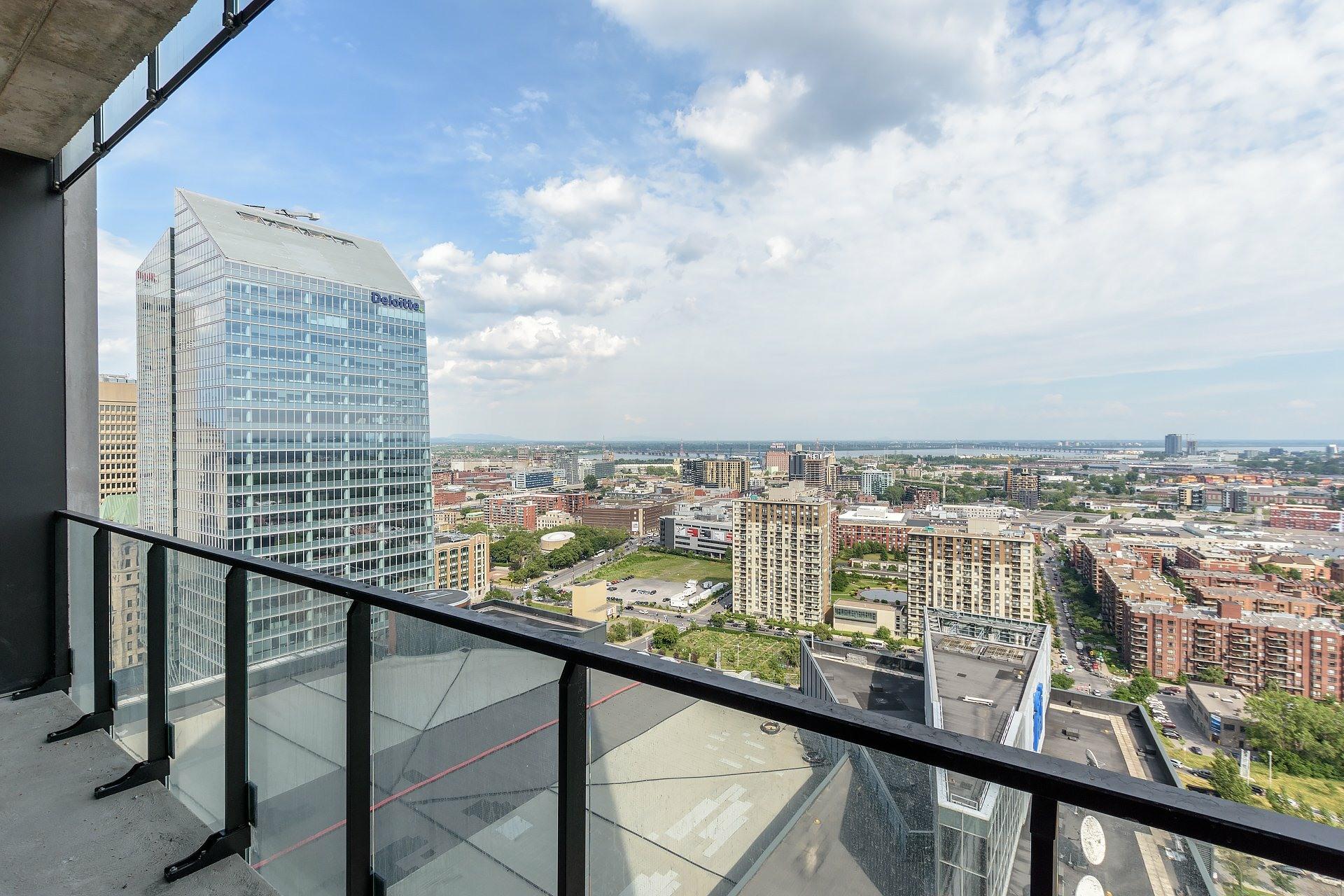 image 13 - Apartment For rent Montréal Ville-Marie  - 4 rooms