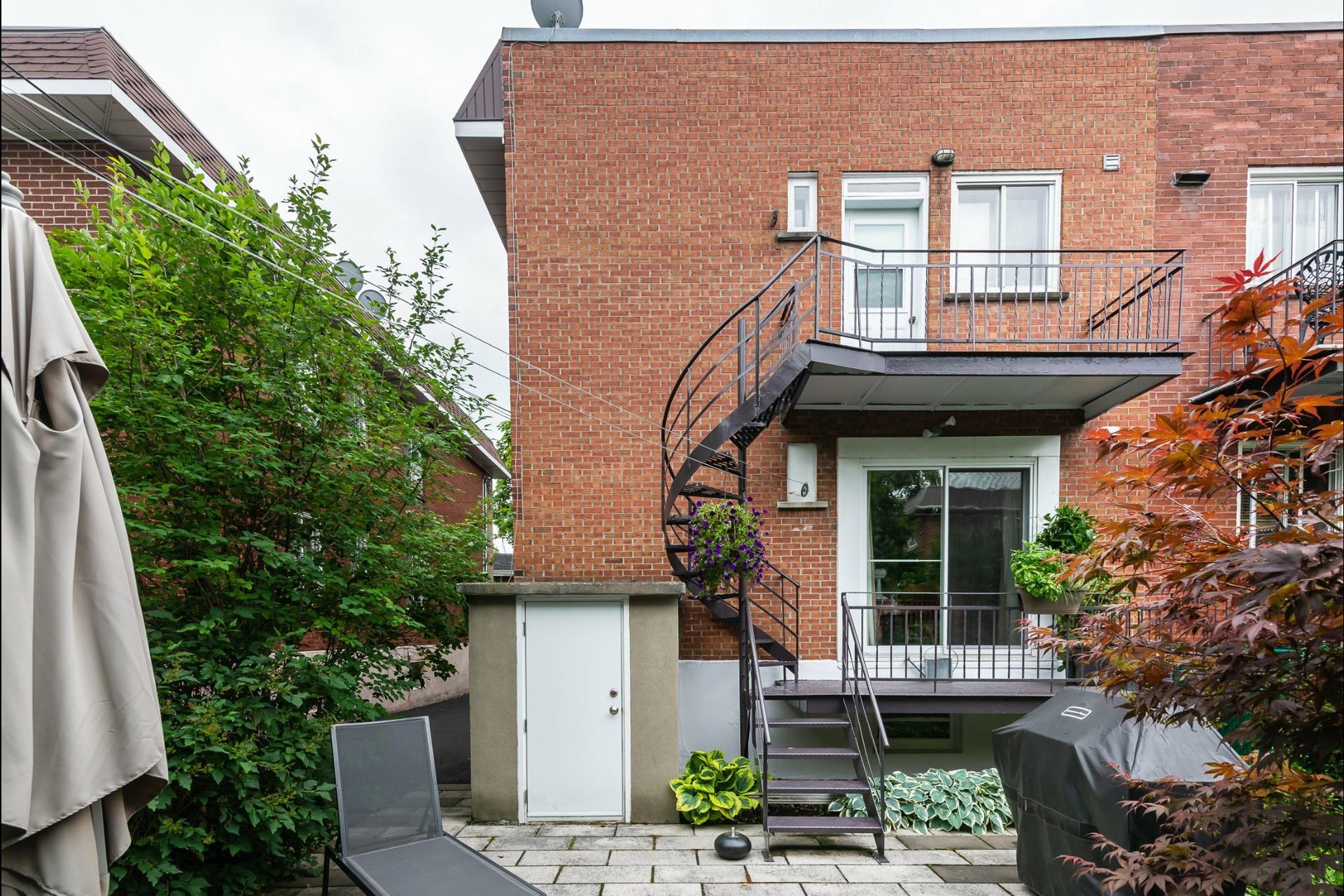 image 23 - Maison À vendre Montréal Côte-des-Neiges/Notre-Dame-de-Grâce  - 9 pièces