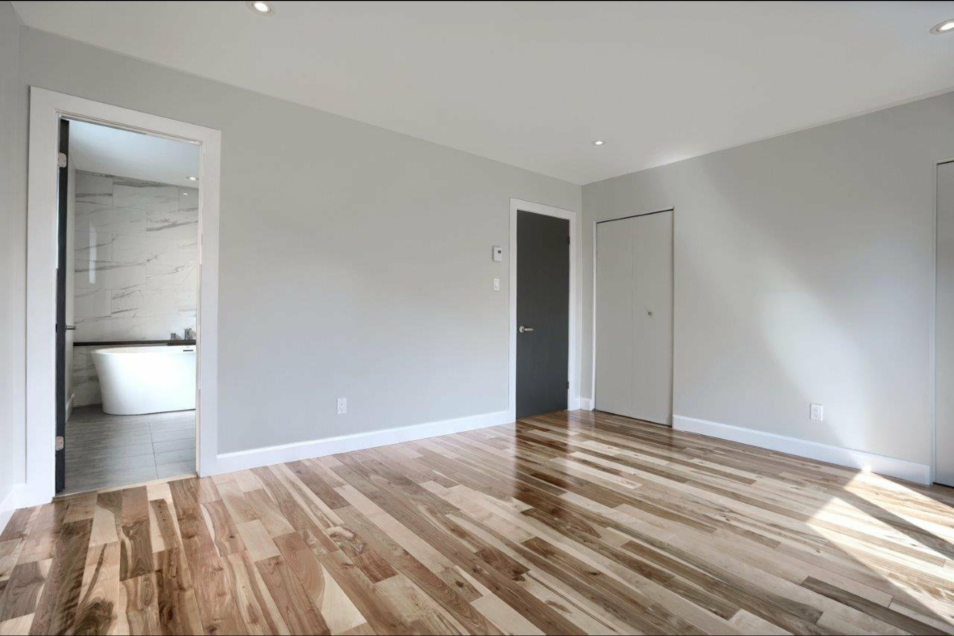 image 14 - House For sale Brossard - 15 rooms
