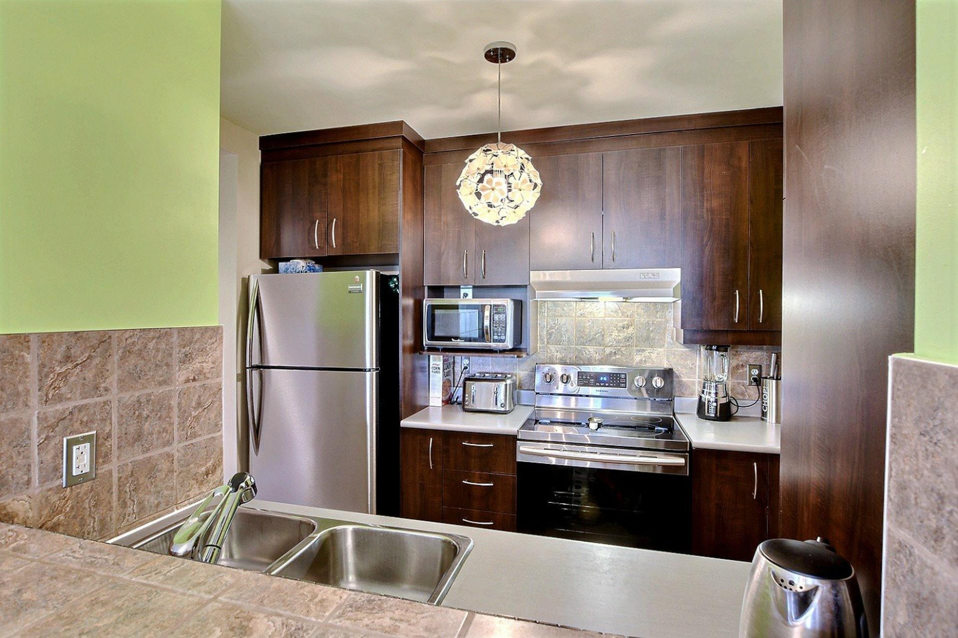 image 7 - Apartment For sale Montréal Côte-des-Neiges/Notre-Dame-de-Grâce  - 4 rooms
