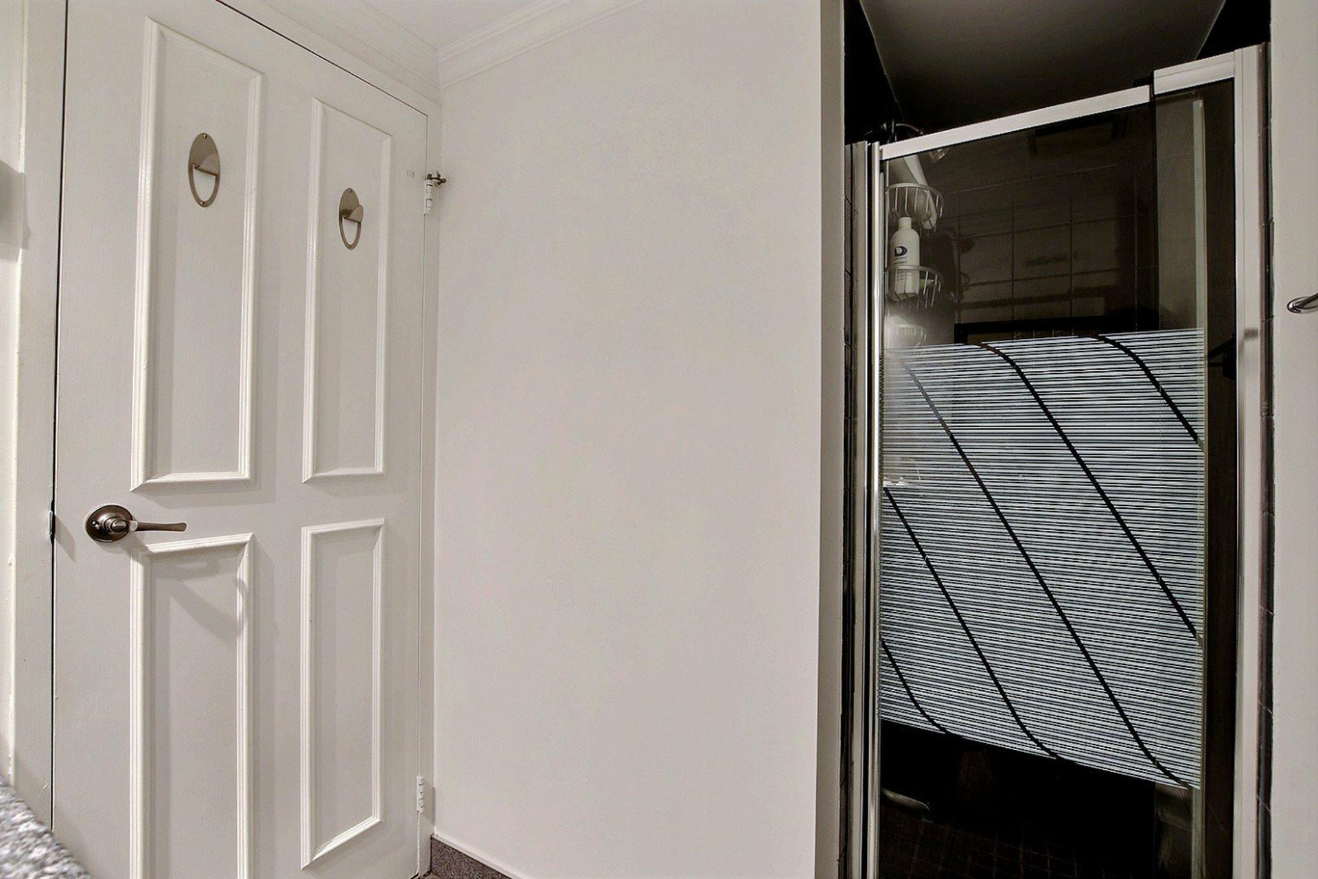 image 14 - Appartement À vendre Montréal Ville-Marie  - 10 pièces