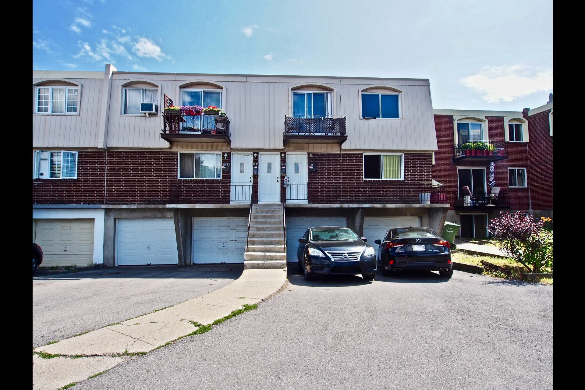 image 0 - Quadruplex For sale Montréal Lachine  - 5 rooms