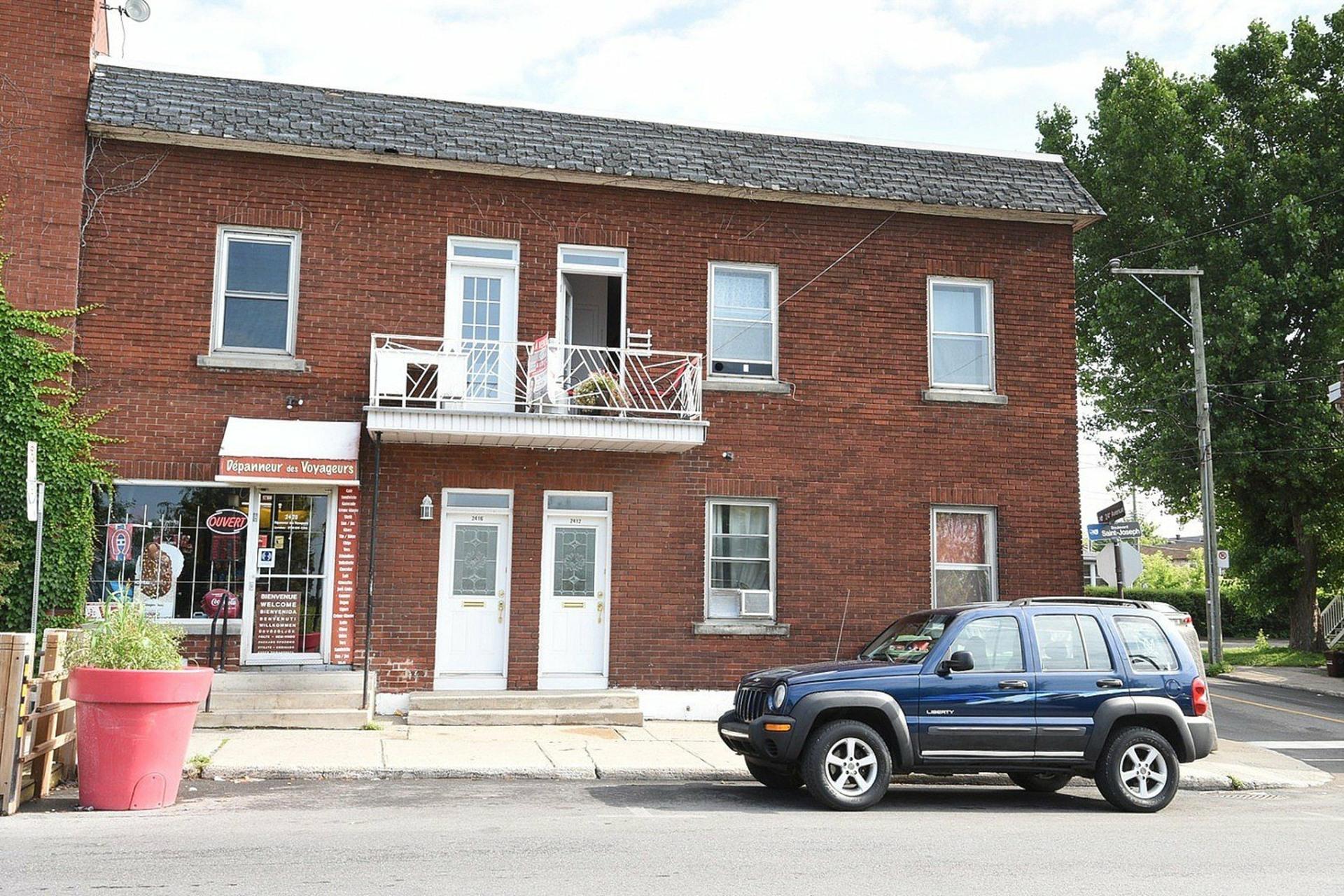 image 0 - Immeuble à revenus À vendre Montréal Lachine  - 4 pièces