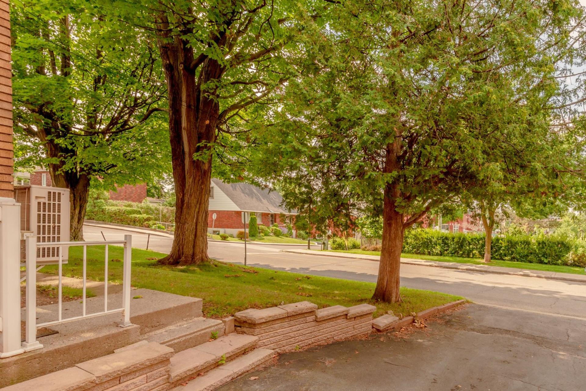 image 22 - Duplex For sale Sainte-Anne-de-Bellevue - 6 rooms