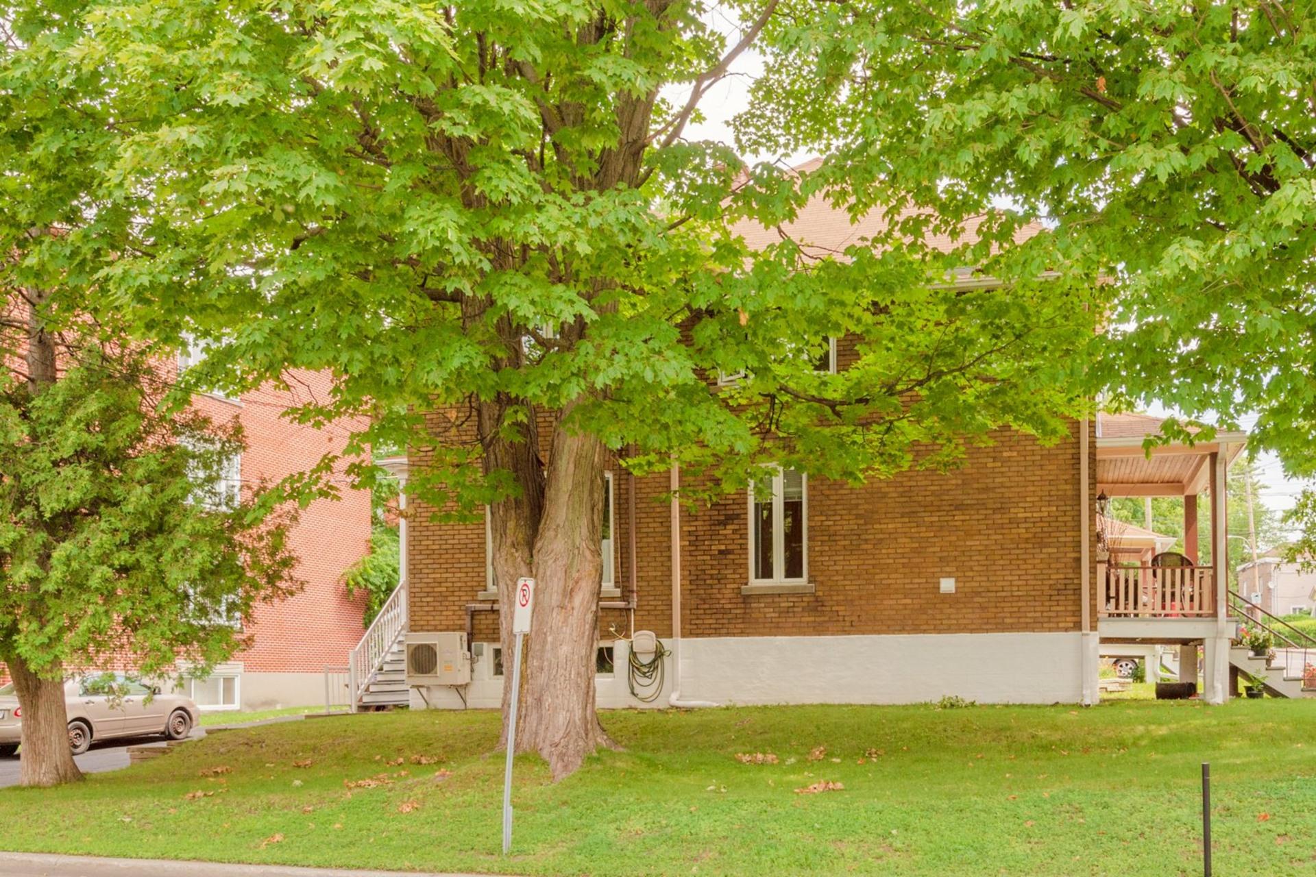 image 19 - Duplex For sale Sainte-Anne-de-Bellevue - 6 rooms