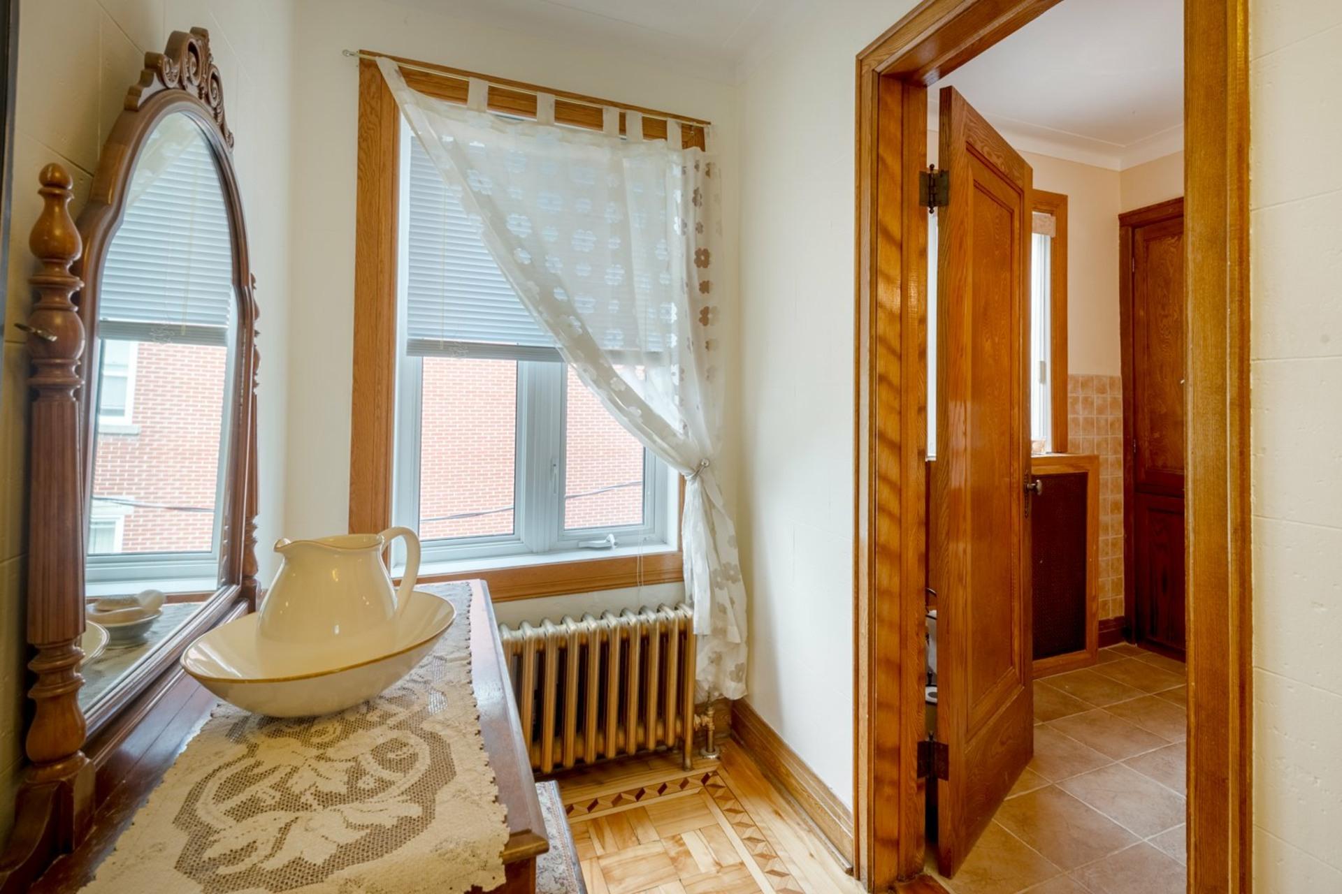 image 16 - Duplex For sale Sainte-Anne-de-Bellevue - 6 rooms
