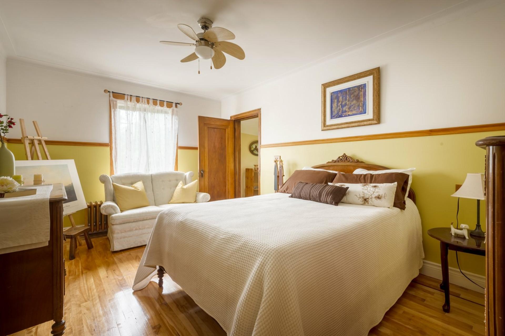 image 12 - Duplex For sale Sainte-Anne-de-Bellevue - 6 rooms
