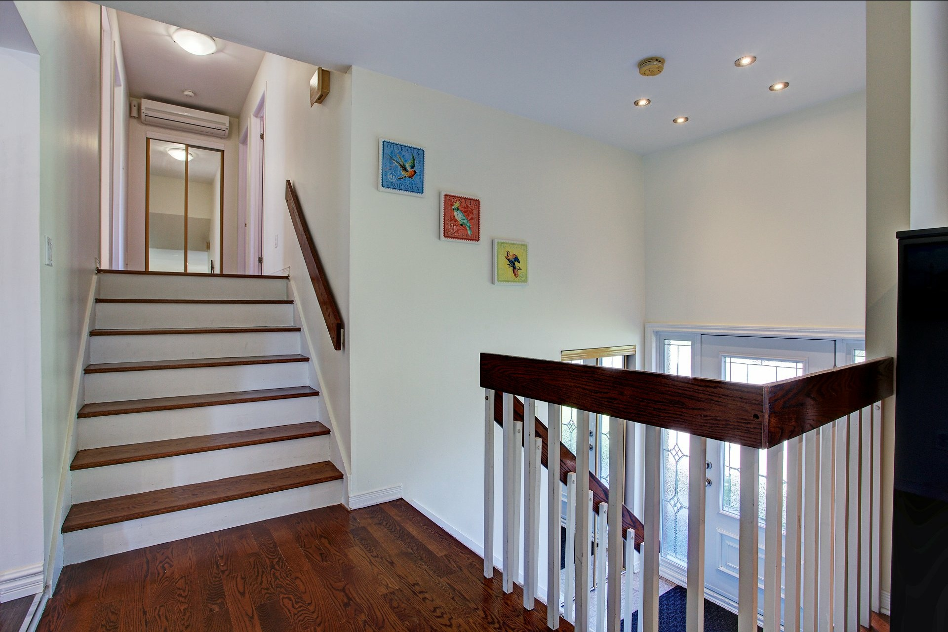 image 2 - Maison À vendre Montréal Pierrefonds-Roxboro  - 10 pièces