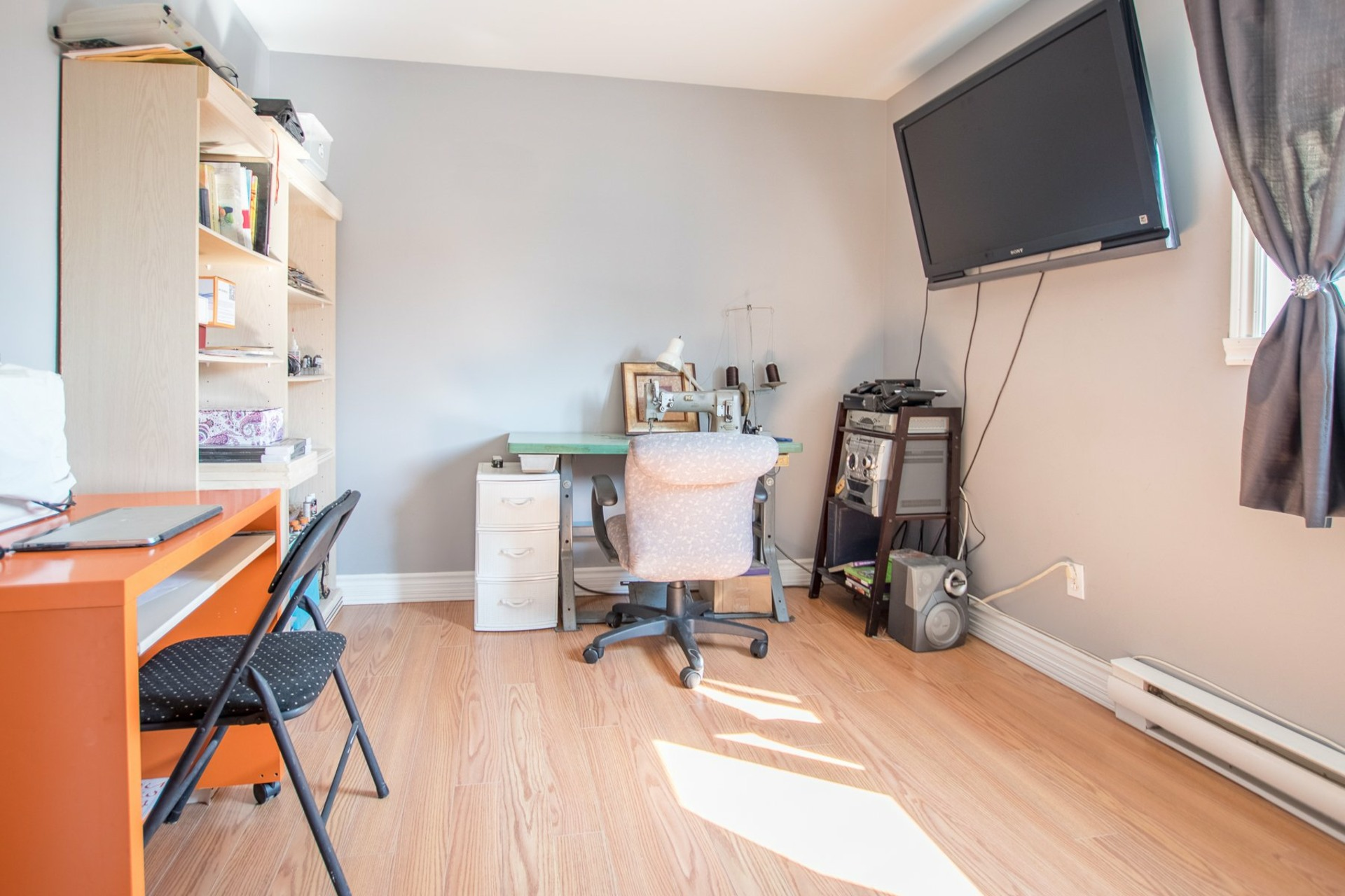 image 14 - House For sale Sainte-Catherine - 8 rooms