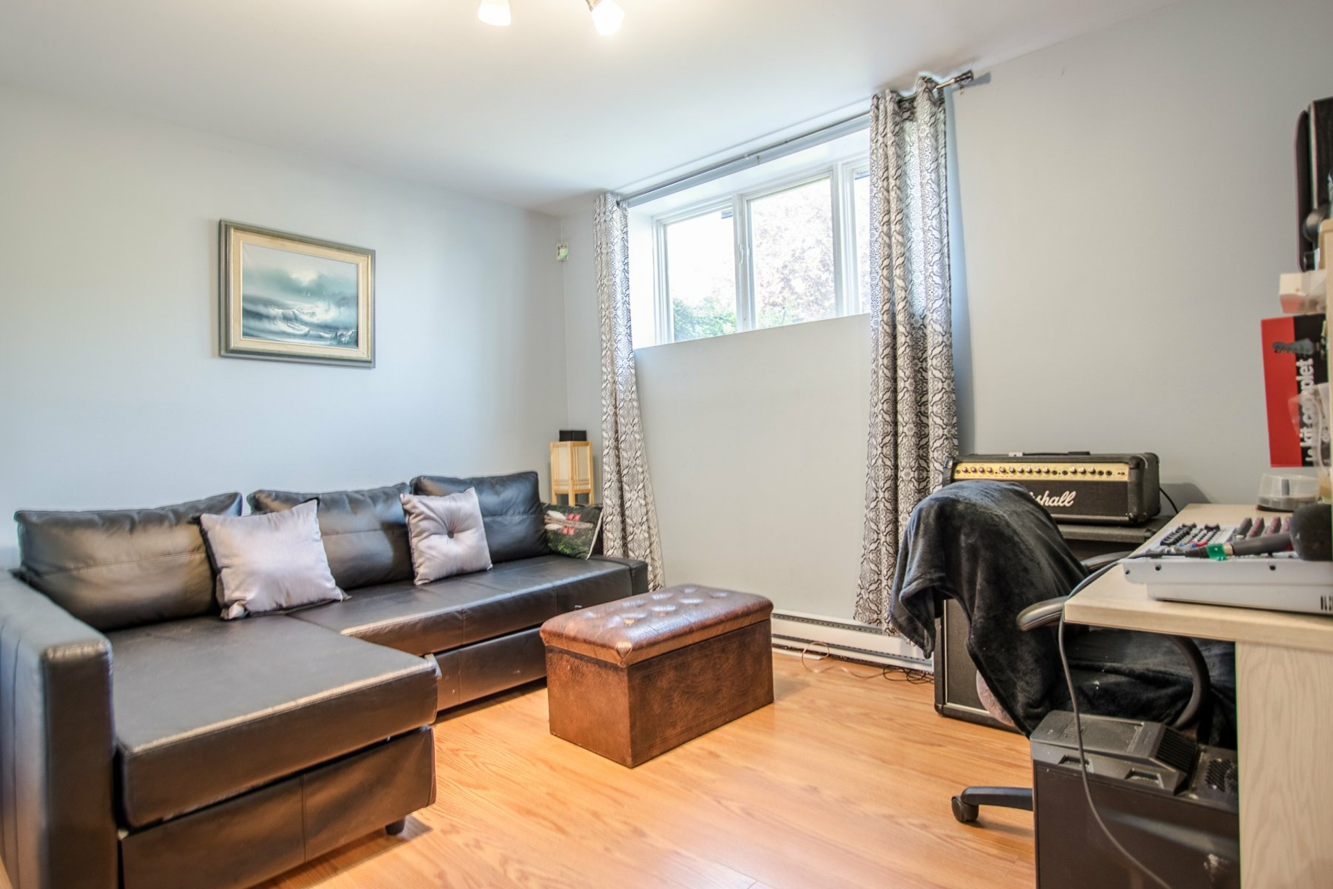 image 15 - House For sale Sainte-Catherine - 8 rooms