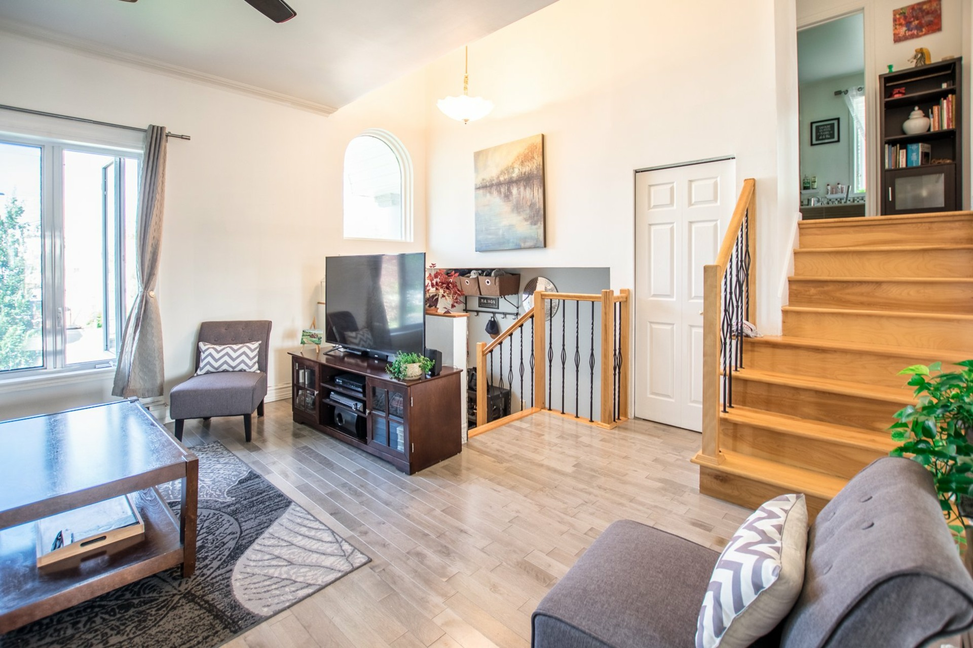 image 4 - House For sale Sainte-Catherine - 8 rooms