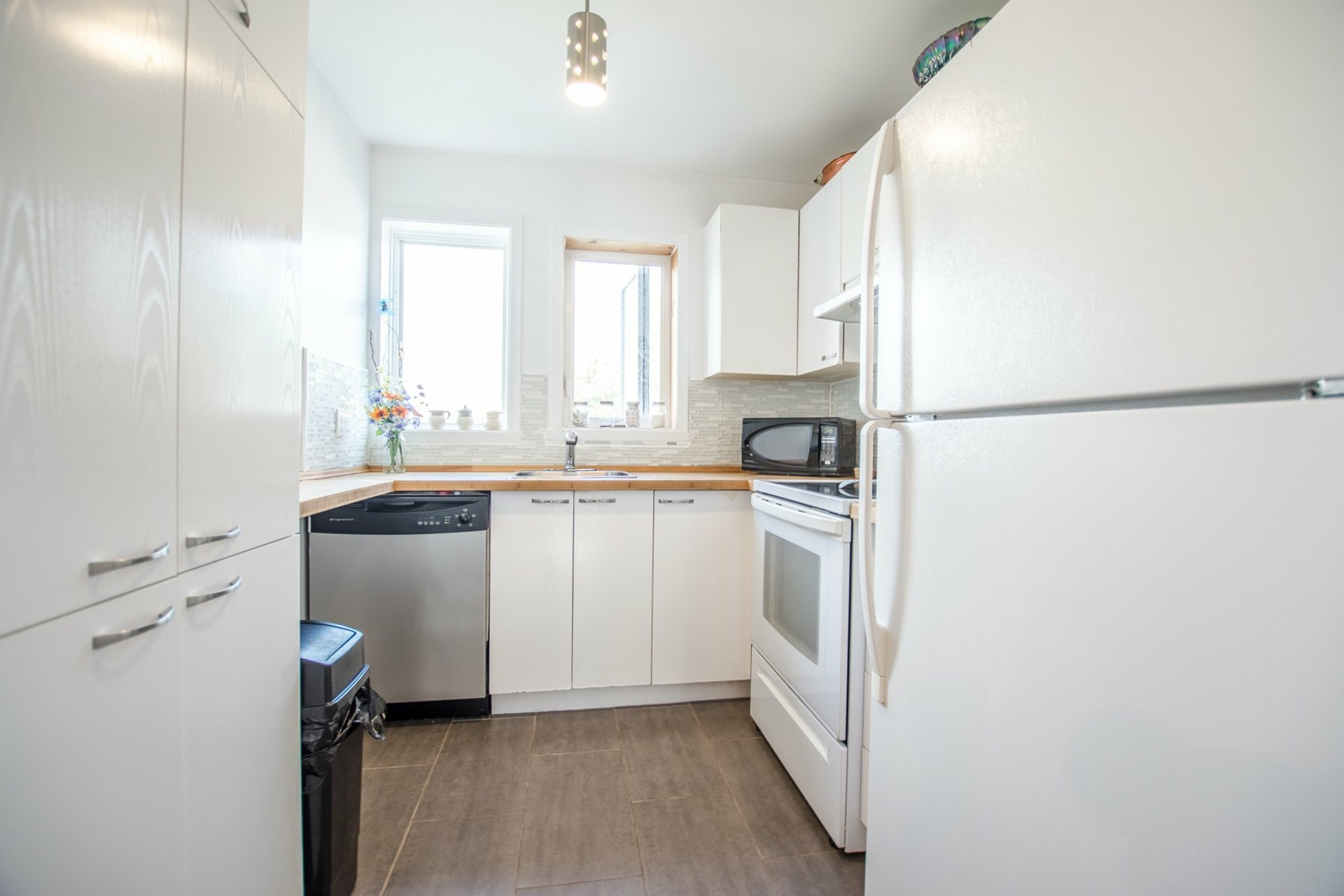 image 28 - House For sale Sainte-Catherine - 8 rooms