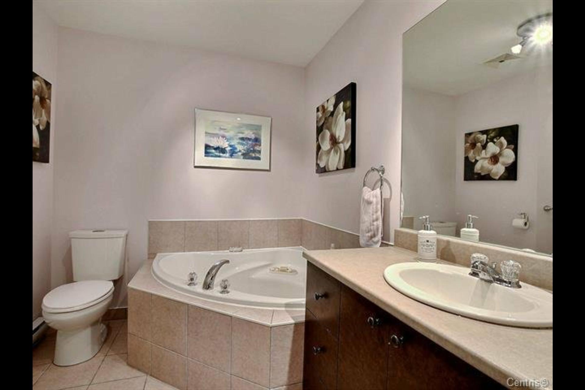 image 9 - Appartement À vendre Montréal LaSalle  - 6 pièces
