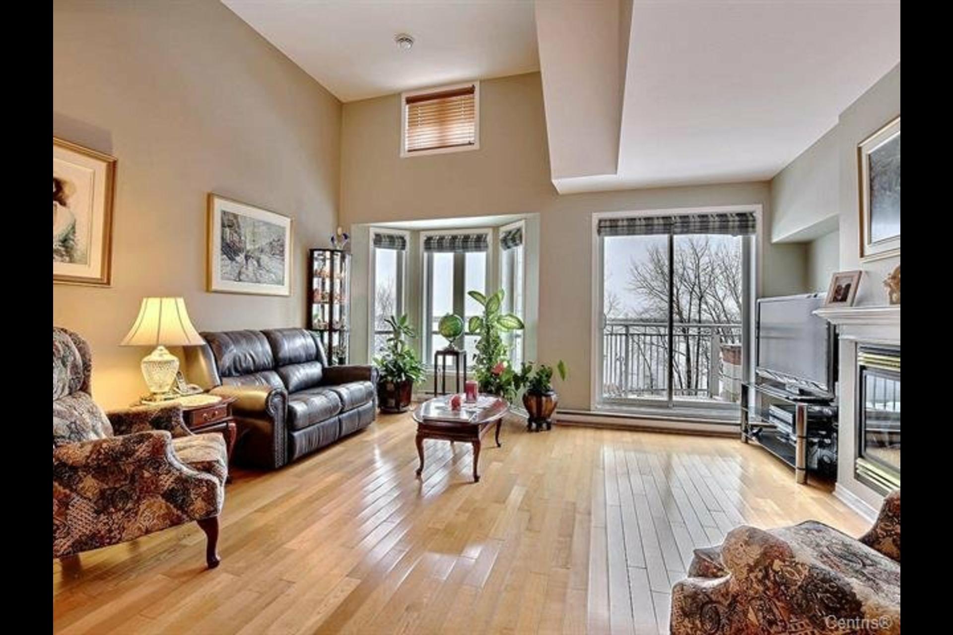 image 1 - Appartement À vendre Montréal LaSalle  - 6 pièces