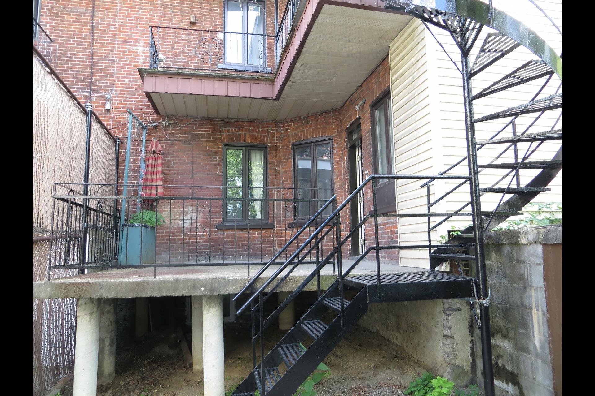 image 35 - Apartment For sale Montréal Côte-des-Neiges/Notre-Dame-de-Grâce  - 7 rooms