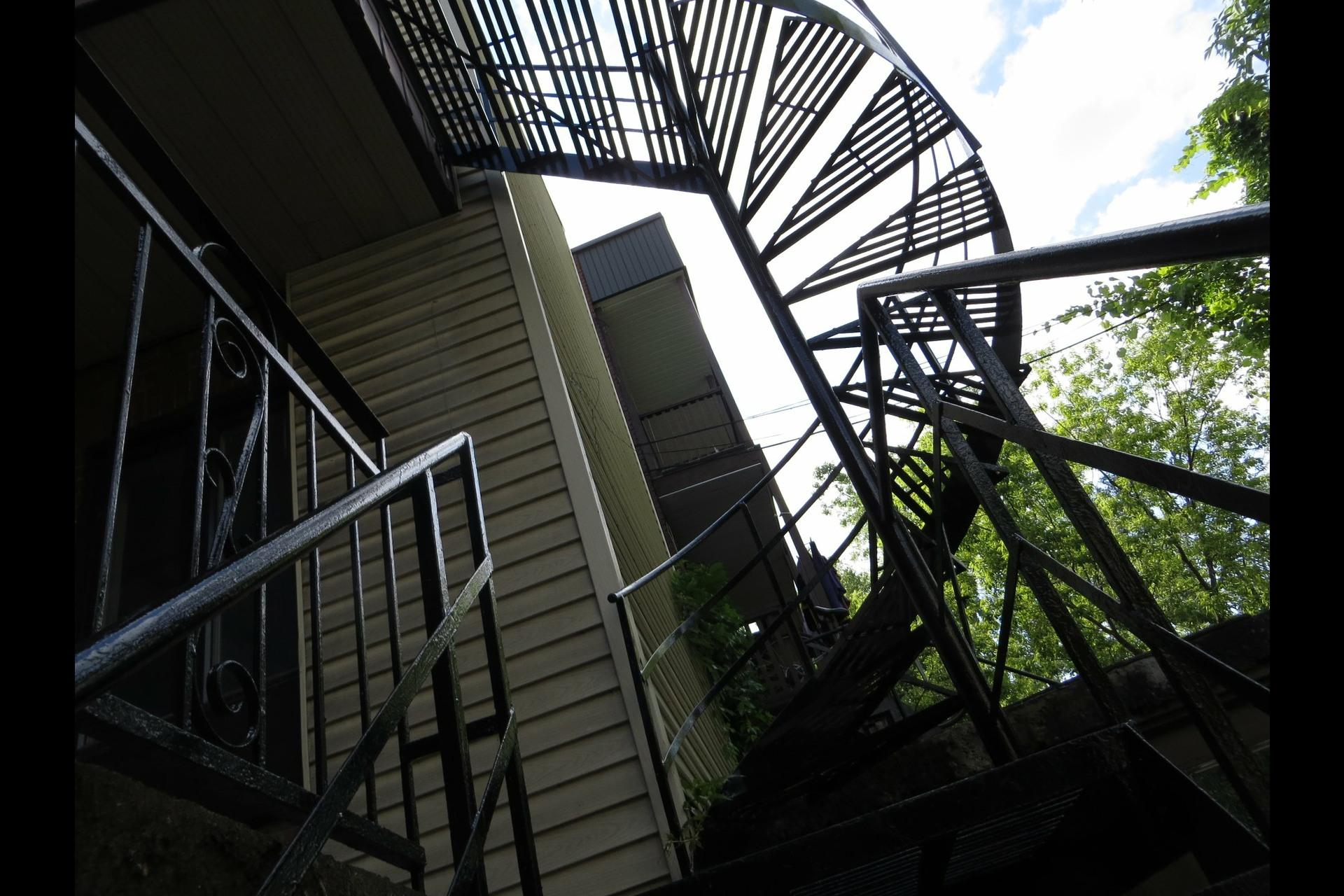 image 36 - Apartment For sale Montréal Côte-des-Neiges/Notre-Dame-de-Grâce  - 7 rooms