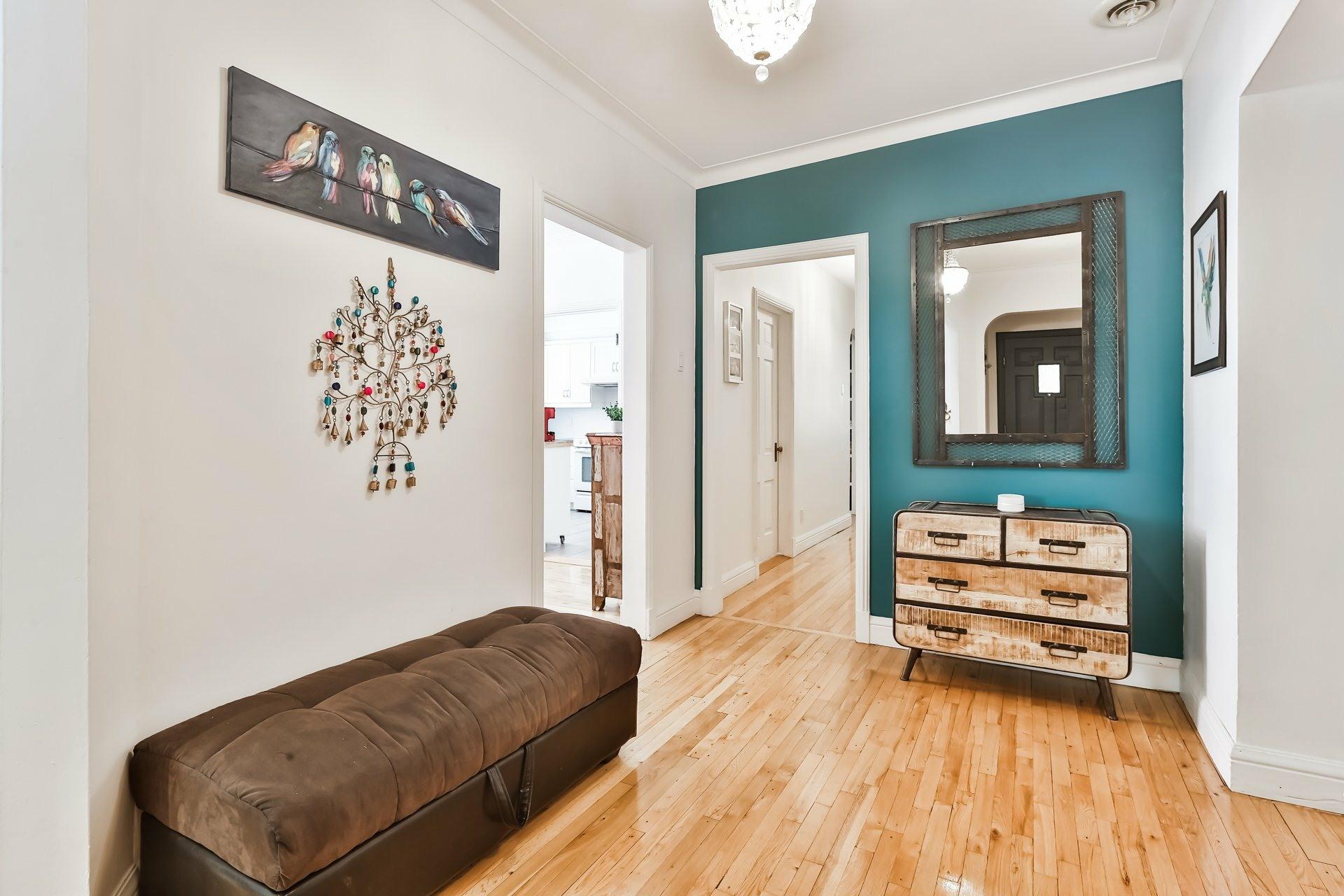 image 2 - Appartement À vendre Montréal Côte-des-Neiges/Notre-Dame-de-Grâce  - 7 pièces
