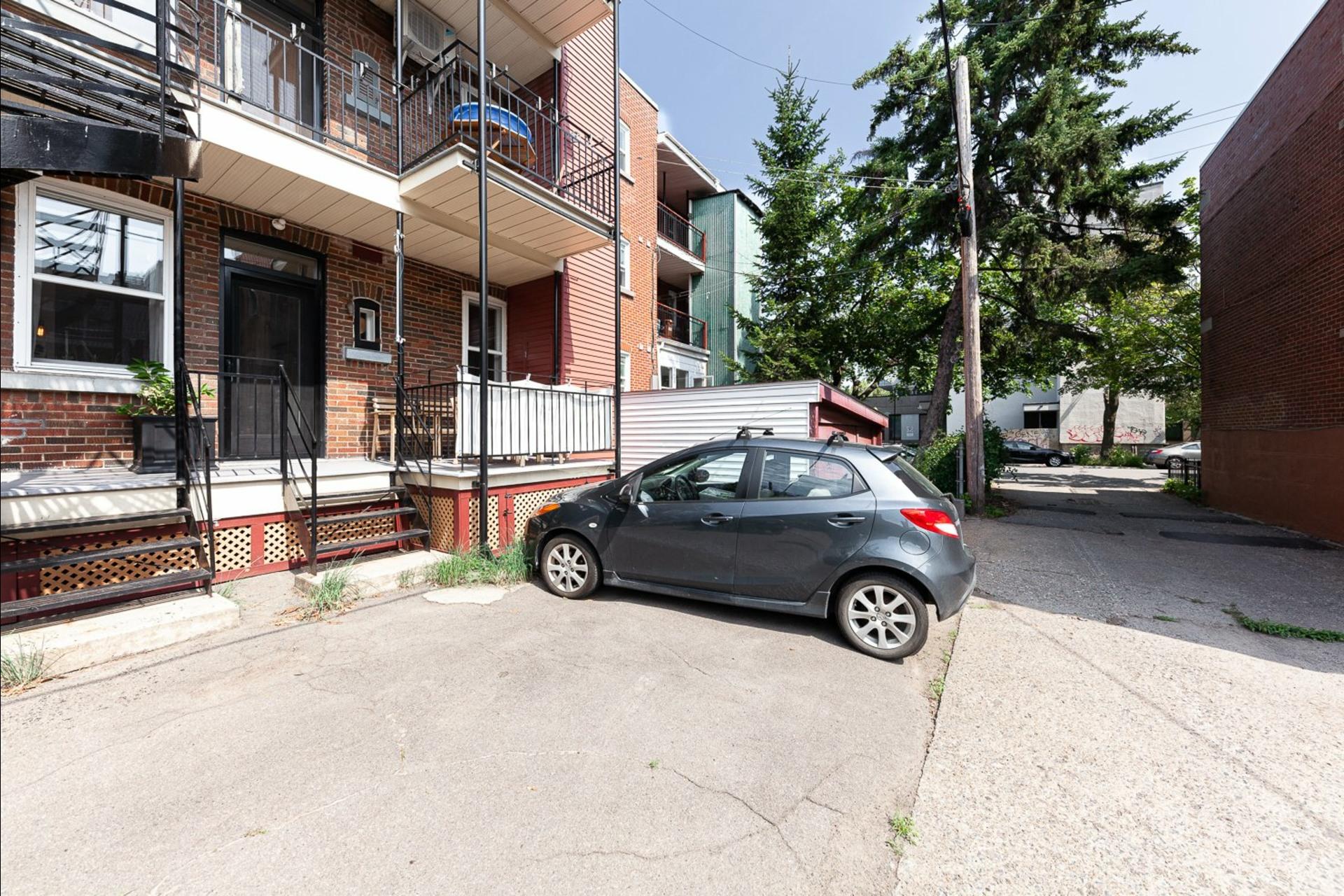 image 26 - Appartement À vendre Montréal Le Plateau-Mont-Royal  - 9 pièces