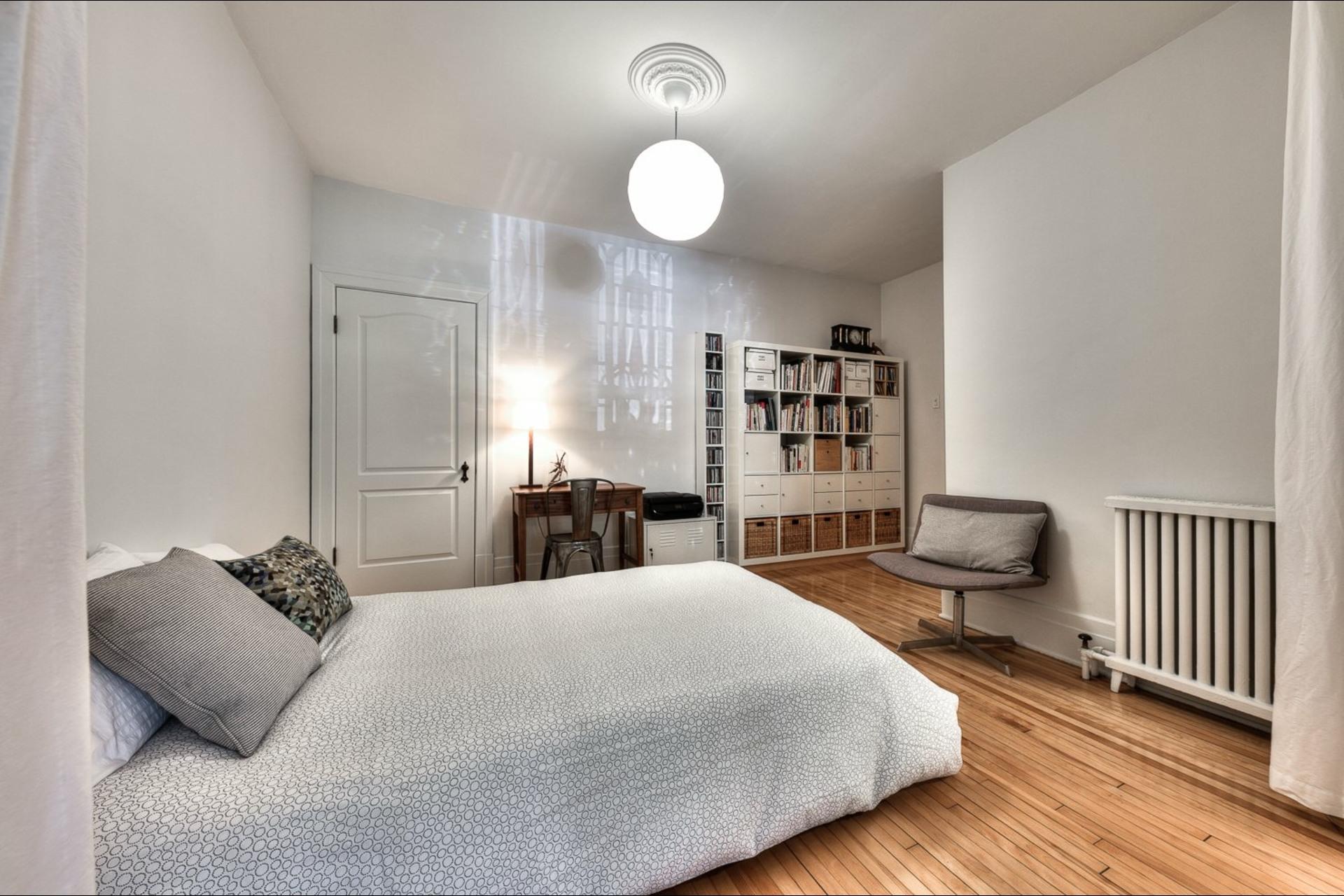 image 18 - Appartement À vendre Montréal Le Plateau-Mont-Royal  - 9 pièces
