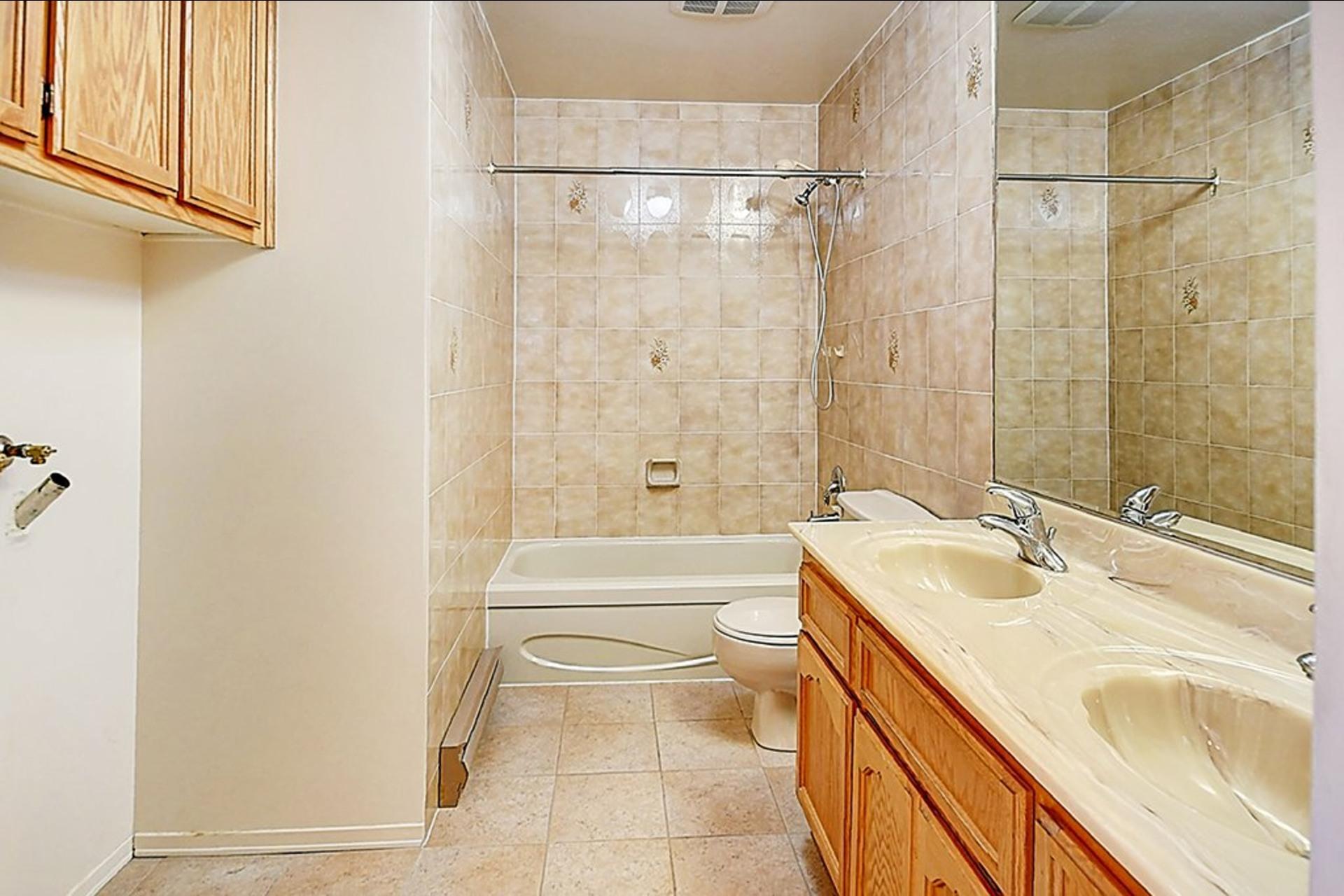 image 6 - Apartment For sale Montréal LaSalle  - 6 rooms