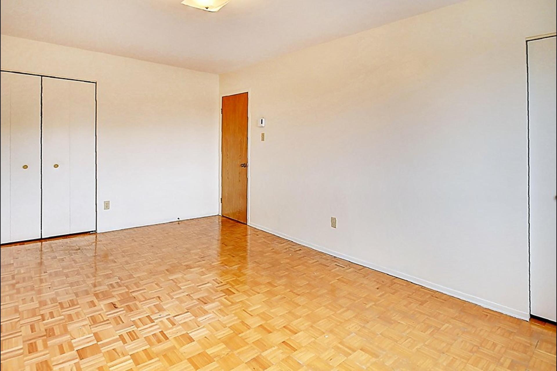 image 5 - Apartment For sale Montréal LaSalle  - 6 rooms