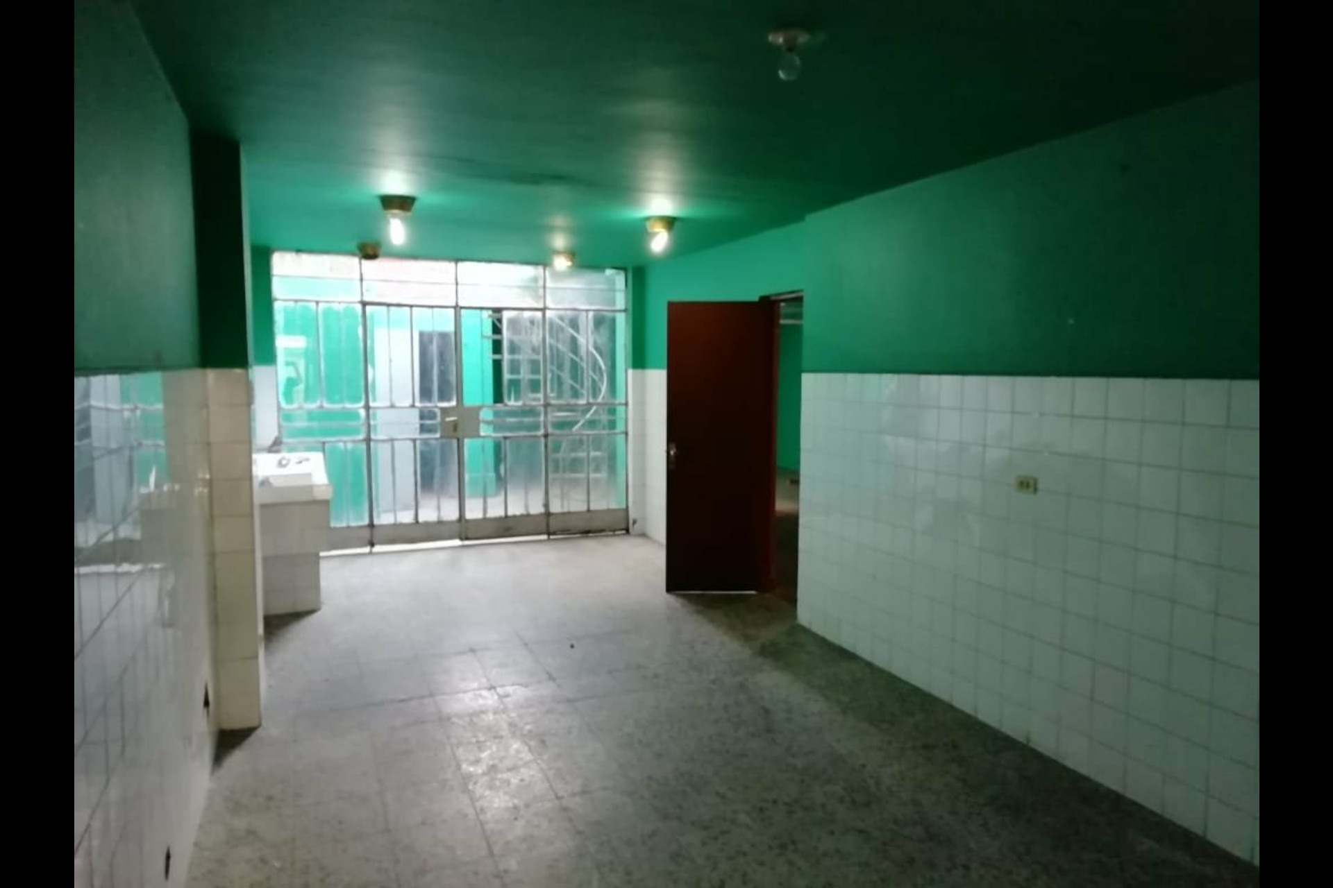 image 10 - House For sale Autres pays / Other countries - 11 rooms