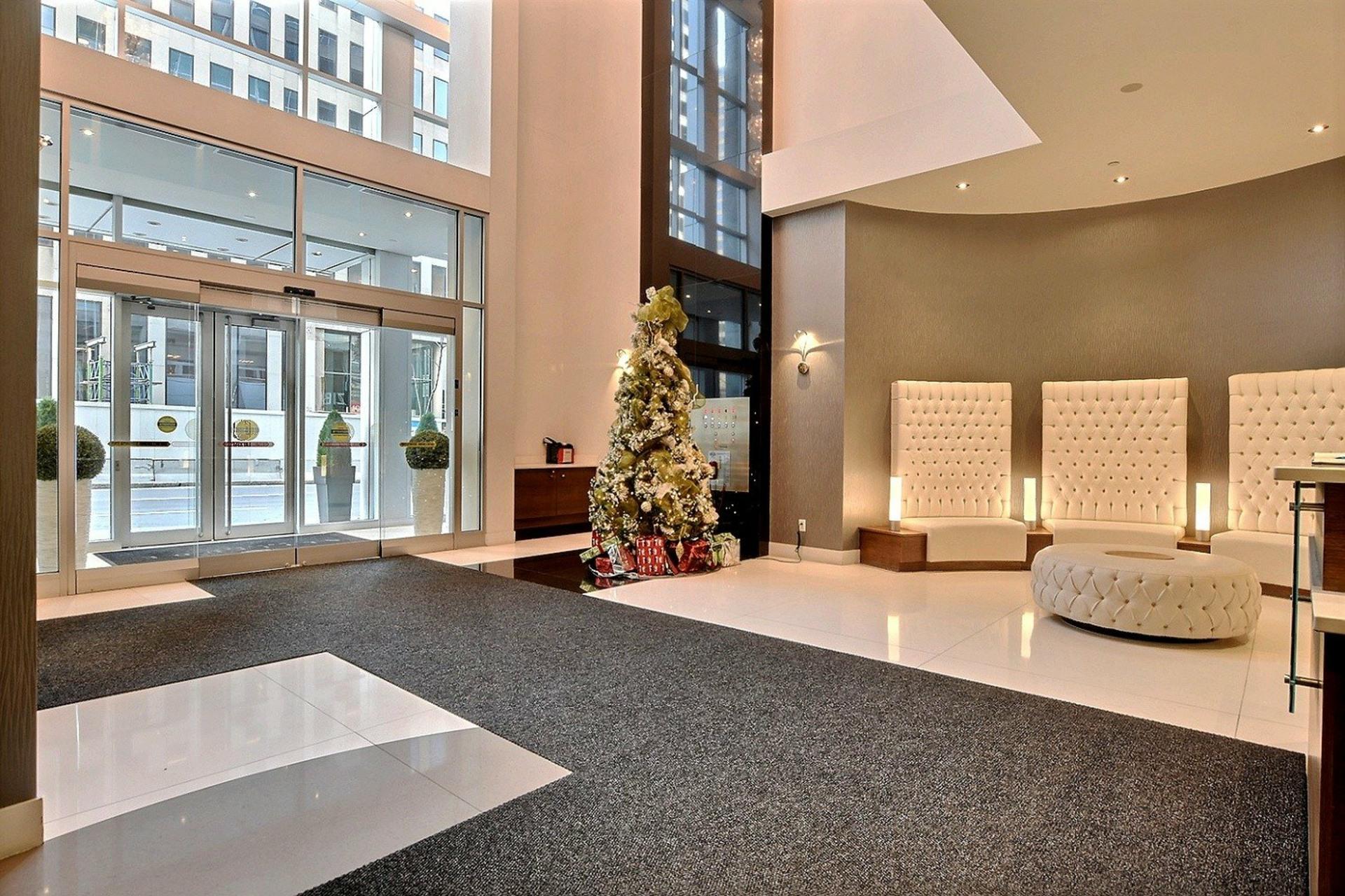 image 1 - Apartment For sale Montréal Ville-Marie  - 5 rooms