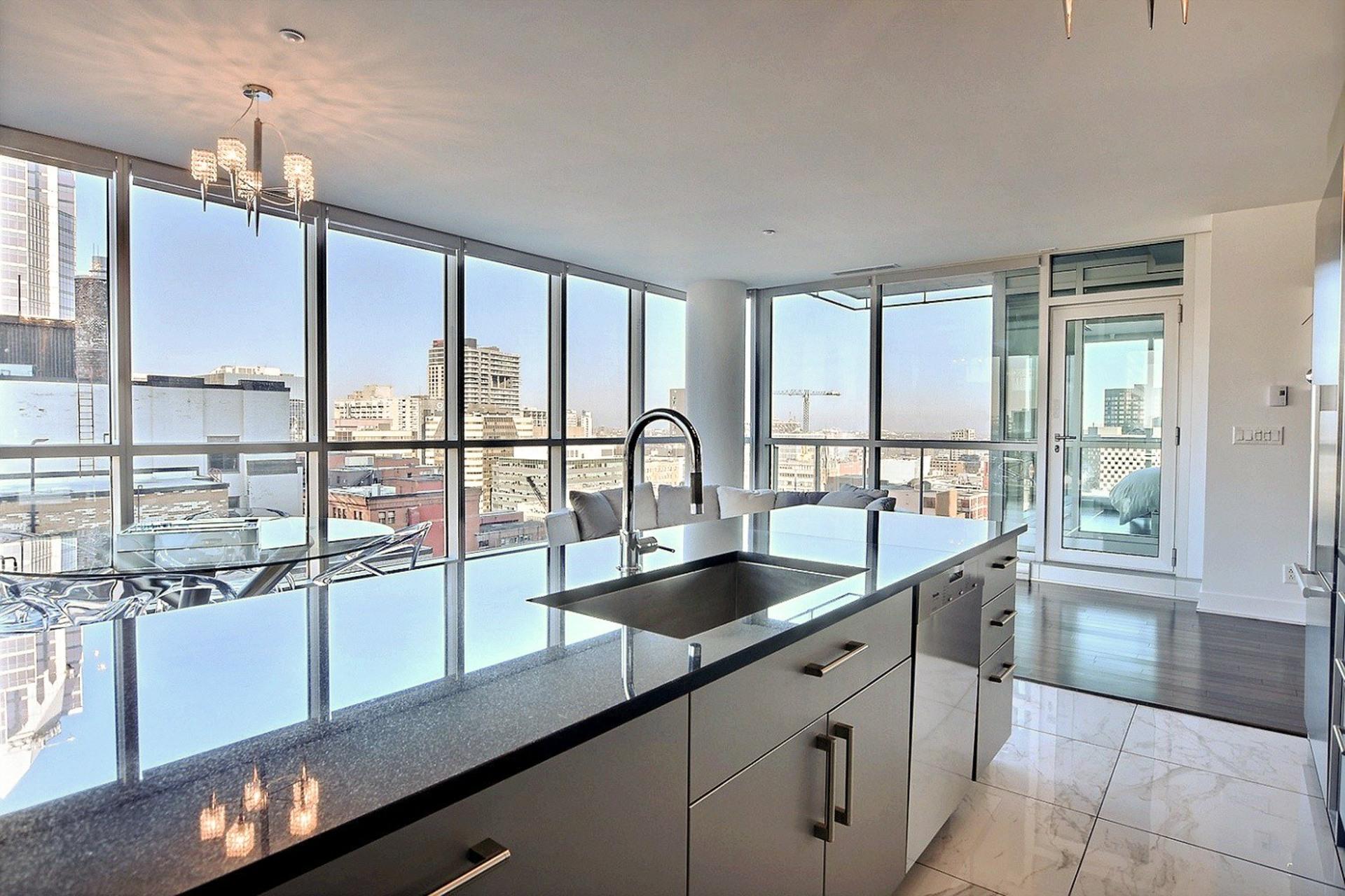 image 8 - Apartment For sale Montréal Ville-Marie  - 5 rooms