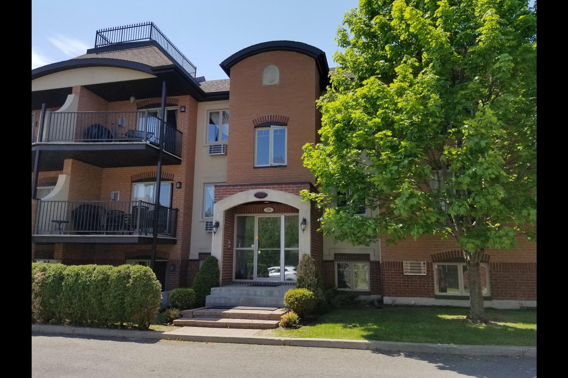 image 2 - Appartement À vendre Blainville - 7 pièces