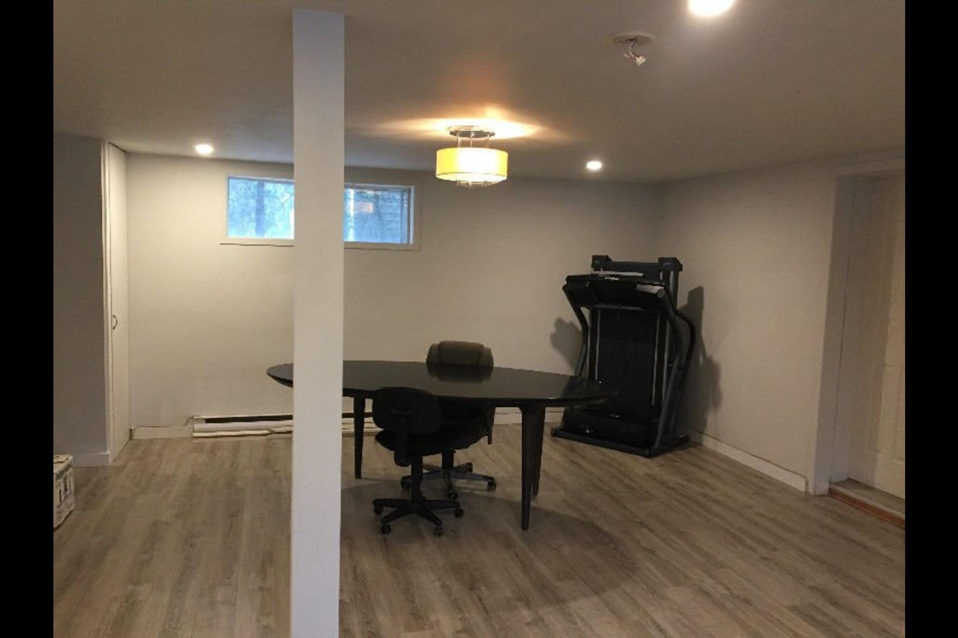 image 1 - Office For rent Sainte-Julie