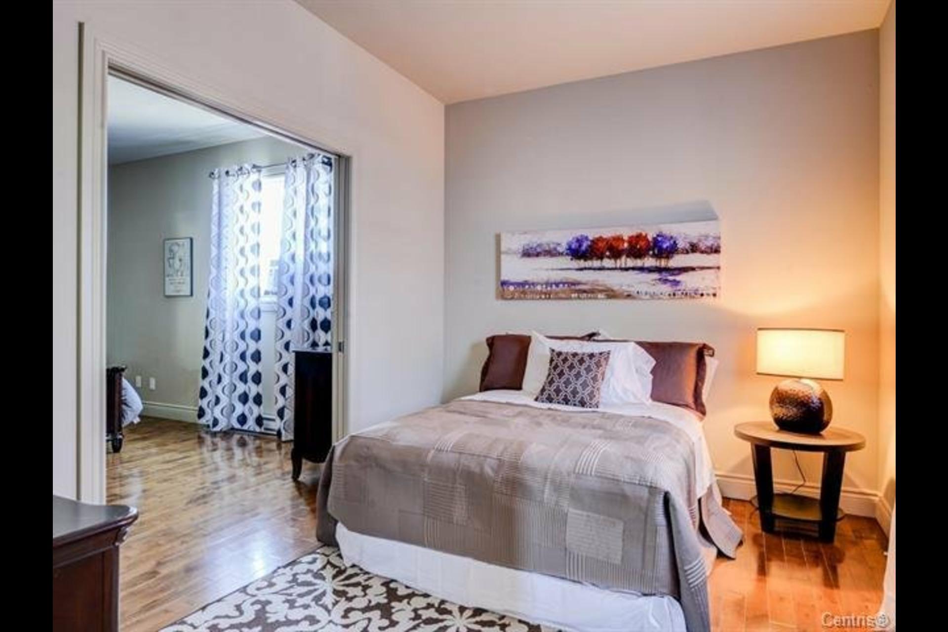 image 18 - Appartement À vendre Montréal Côte-des-Neiges/Notre-Dame-de-Grâce  - 7 pièces