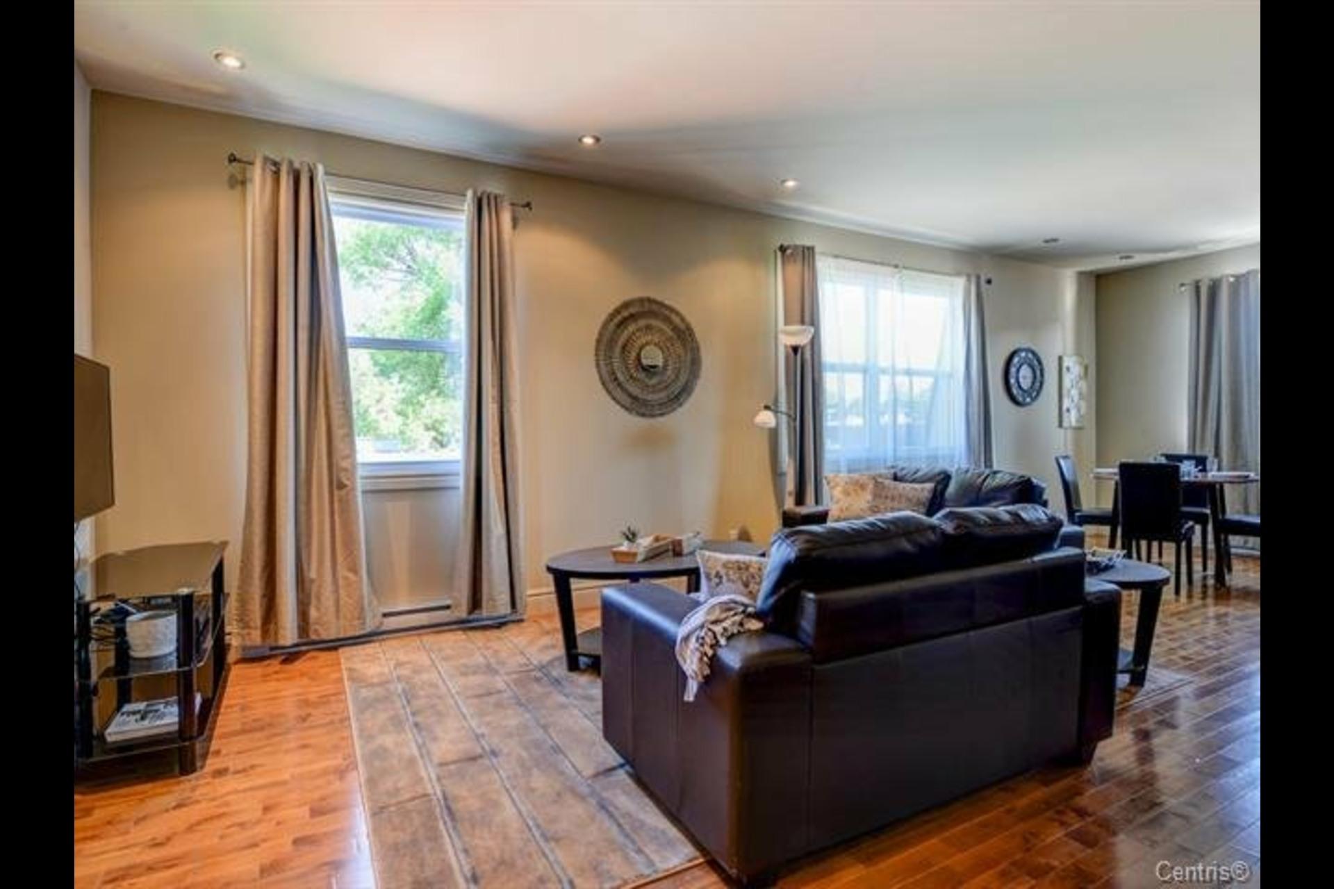 image 14 - Appartement À vendre Montréal Côte-des-Neiges/Notre-Dame-de-Grâce  - 7 pièces