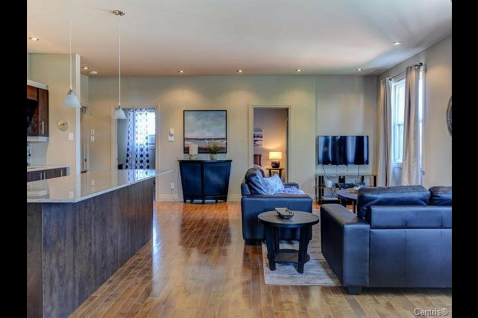 image 5 - Appartement À vendre Montréal Côte-des-Neiges/Notre-Dame-de-Grâce  - 7 pièces
