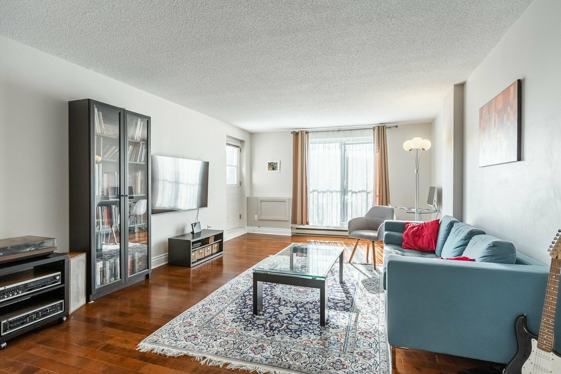 image 2 - Appartement À vendre Montréal Le Plateau-Mont-Royal  - 8 pièces