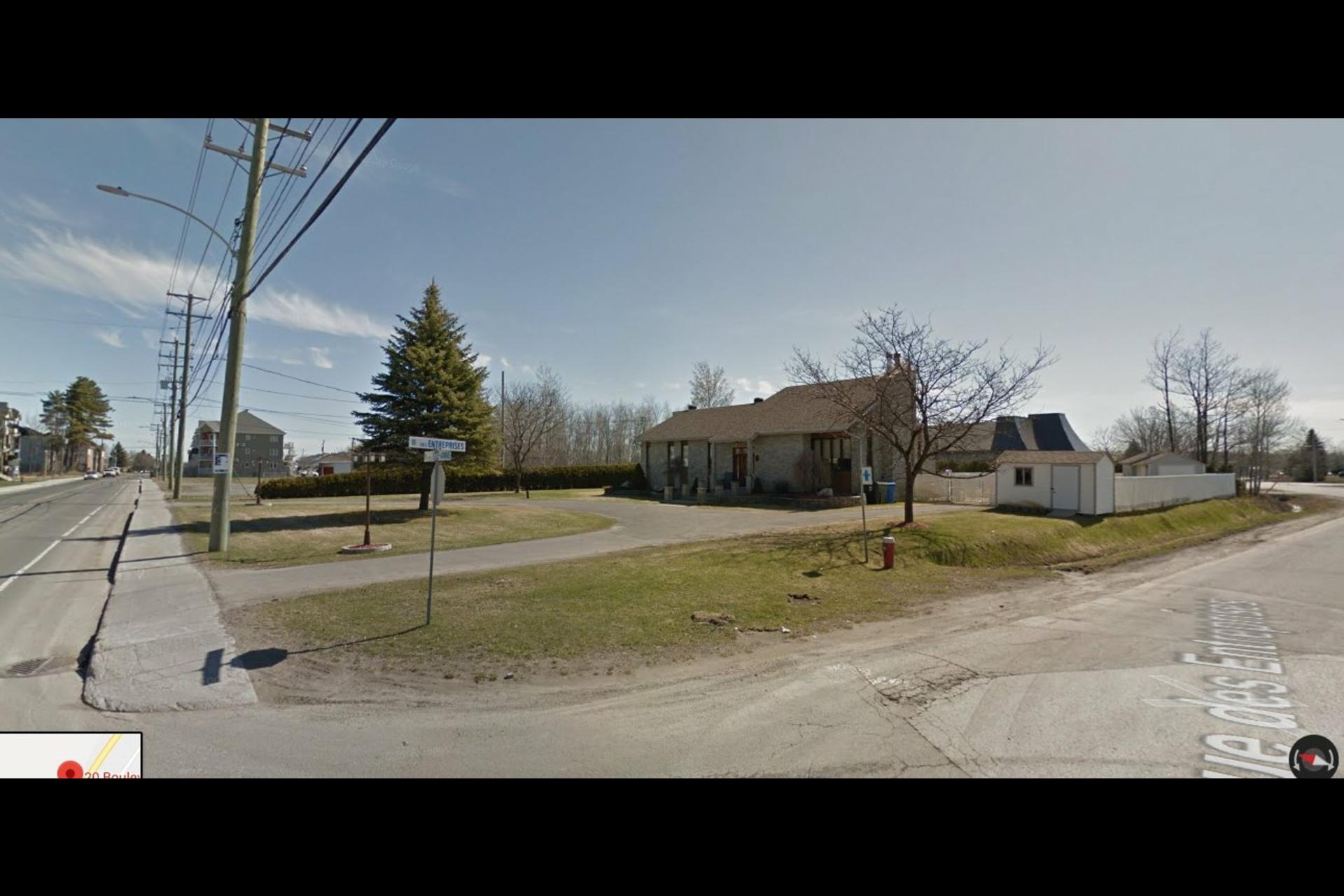 image 3 - Land For sale Sainte-Anne-des-Plaines
