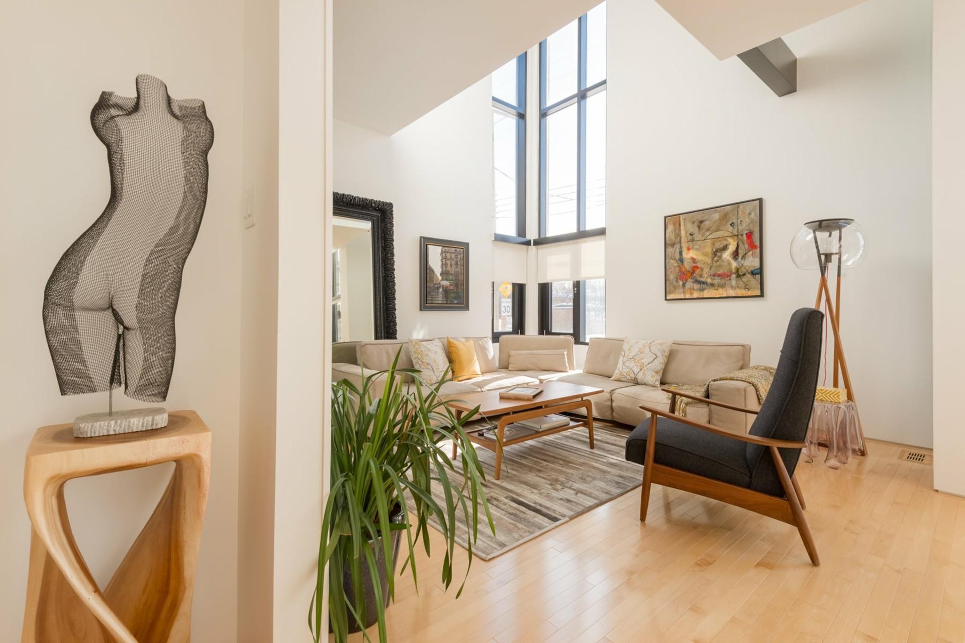 image 6 - House For sale Montréal Côte-des-Neiges/Notre-Dame-de-Grâce  - 9 rooms