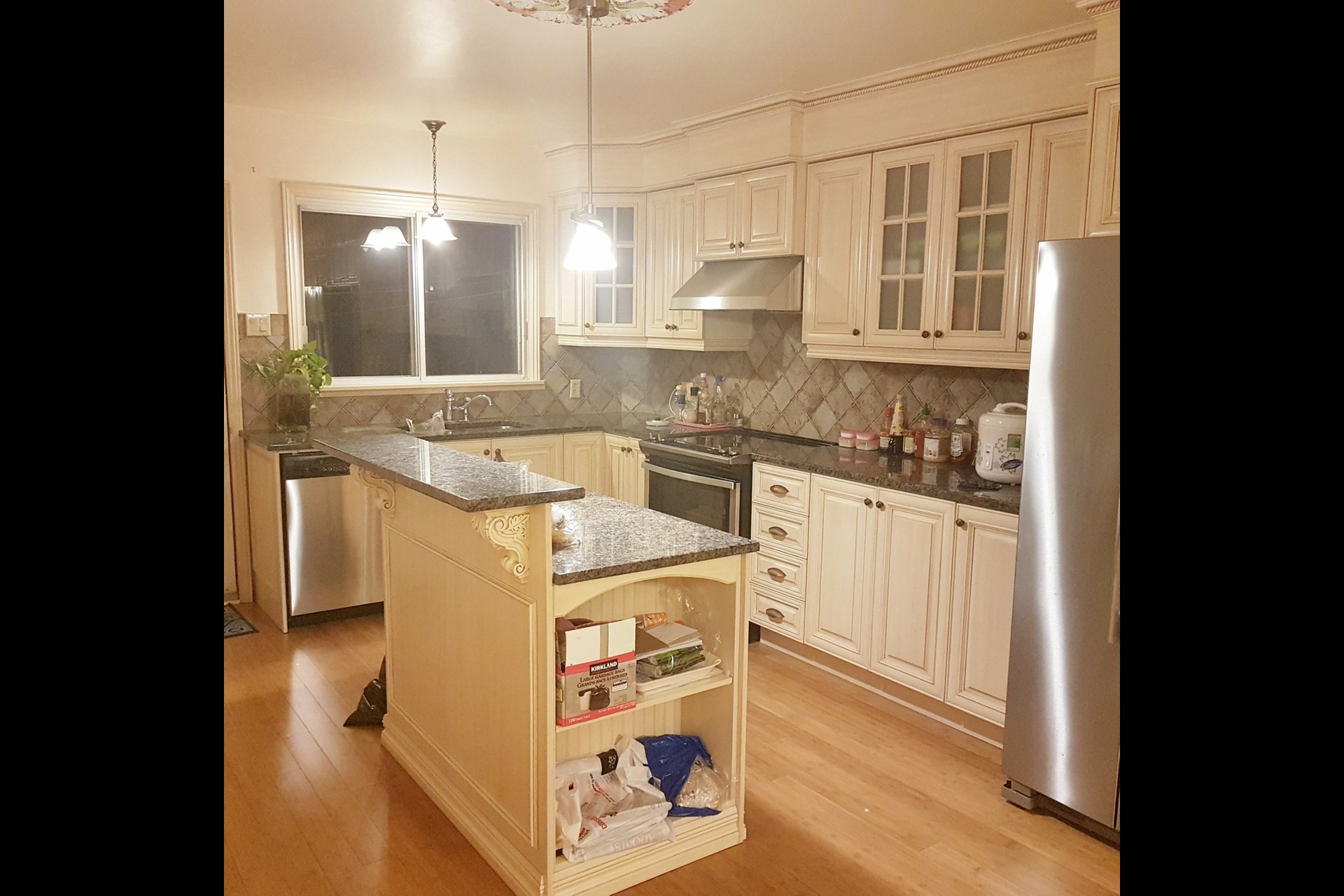 image 1 - Triplex For sale Montréal Ahuntsic-Cartierville  - 13 rooms