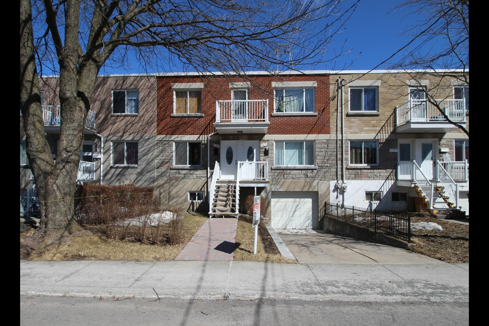 image 0 - Duplex For sale Montréal Rivière-des-Prairies/Pointe-aux-Trembles  - 6 rooms